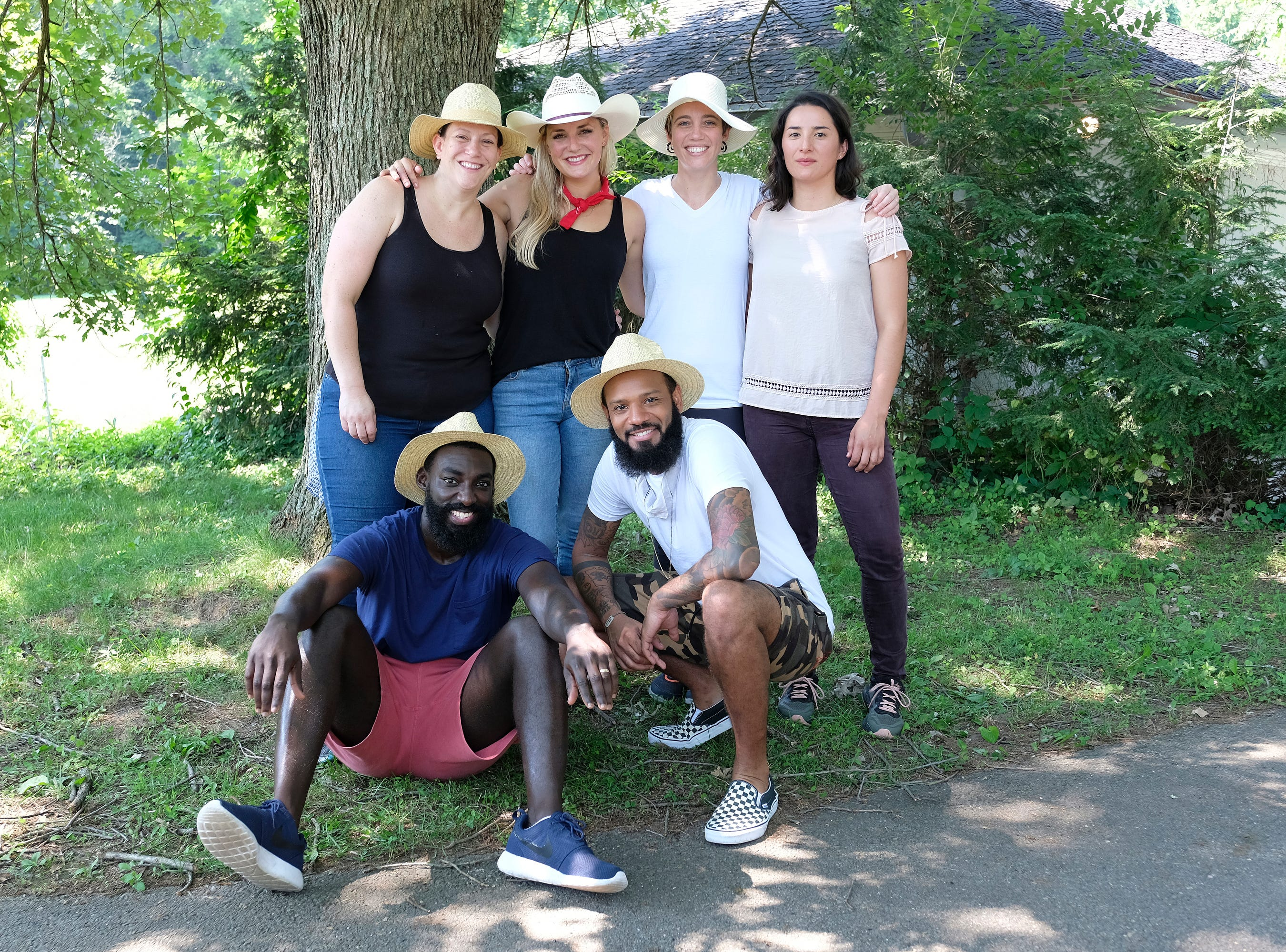 "(From left to right): Contestants Sara Bradley, Eric Adjepong, Kelsey Barnard, Justin Sutherland, Adrienne Wright and Michelle Minori on ""Kentucky Farewell,"" episode 12 of Bravo's 'Top Chef:' Kentucky season."