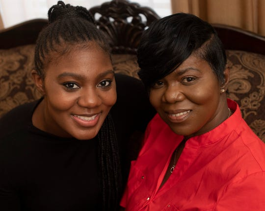 Alexis Poythress donated a kidney to her mother Regina Poythress after her mother's 7 year battle with kidney failure. photographed Sunday, Feb. 17, 2019 in Clarksville, Tenn.