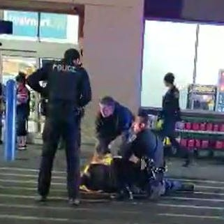 Video shows bystanders detaining stabbing suspect at Valley Walmart