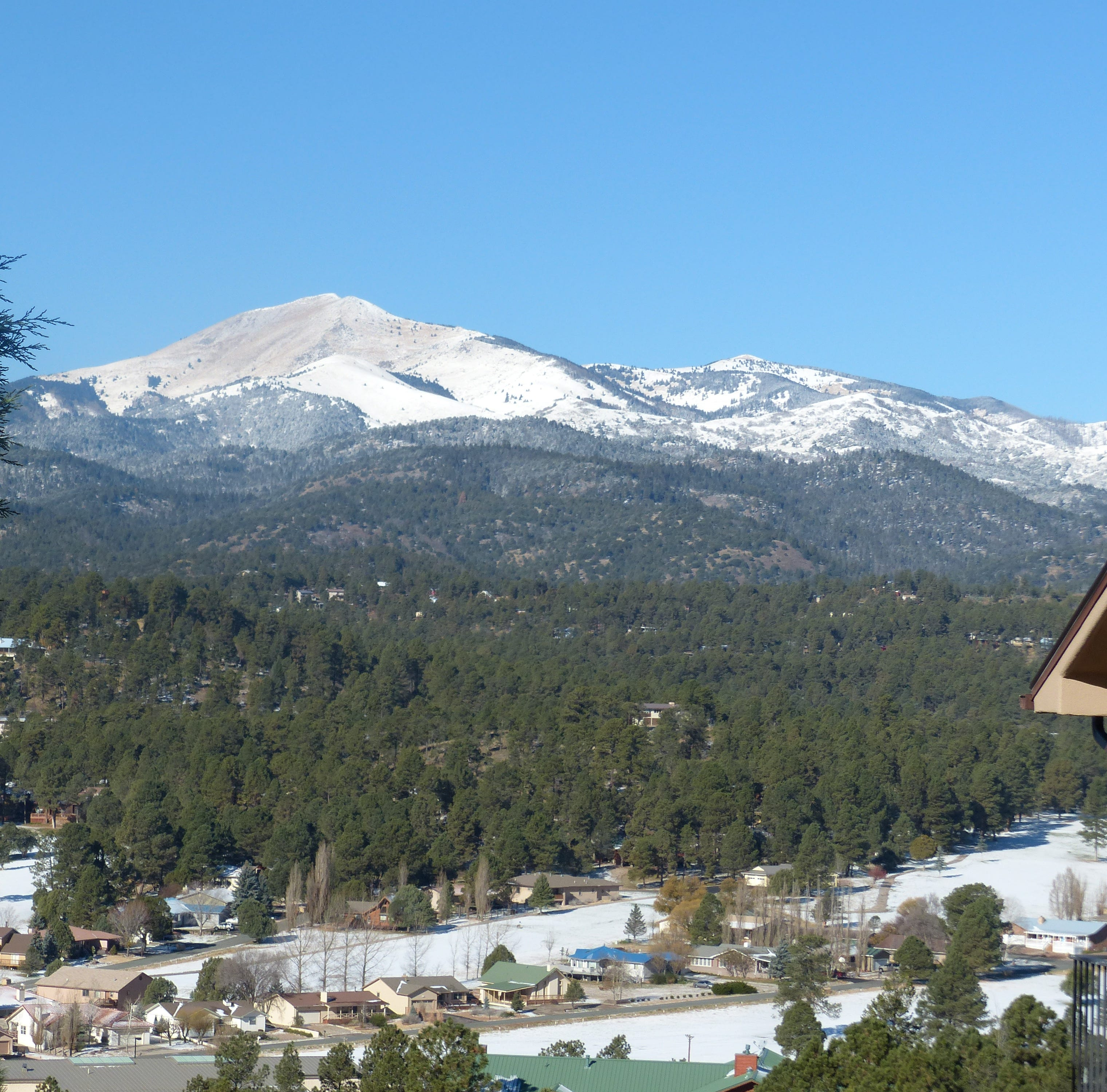 Snow returns to Ruidoso with two storms this week