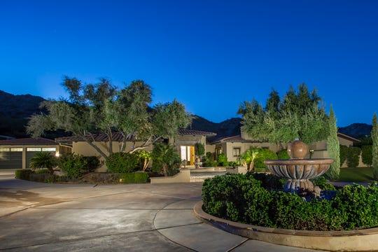 Former Arizona Diamondbacks pitcher J.J. Putz has listed his Paradise Valley home for $3M