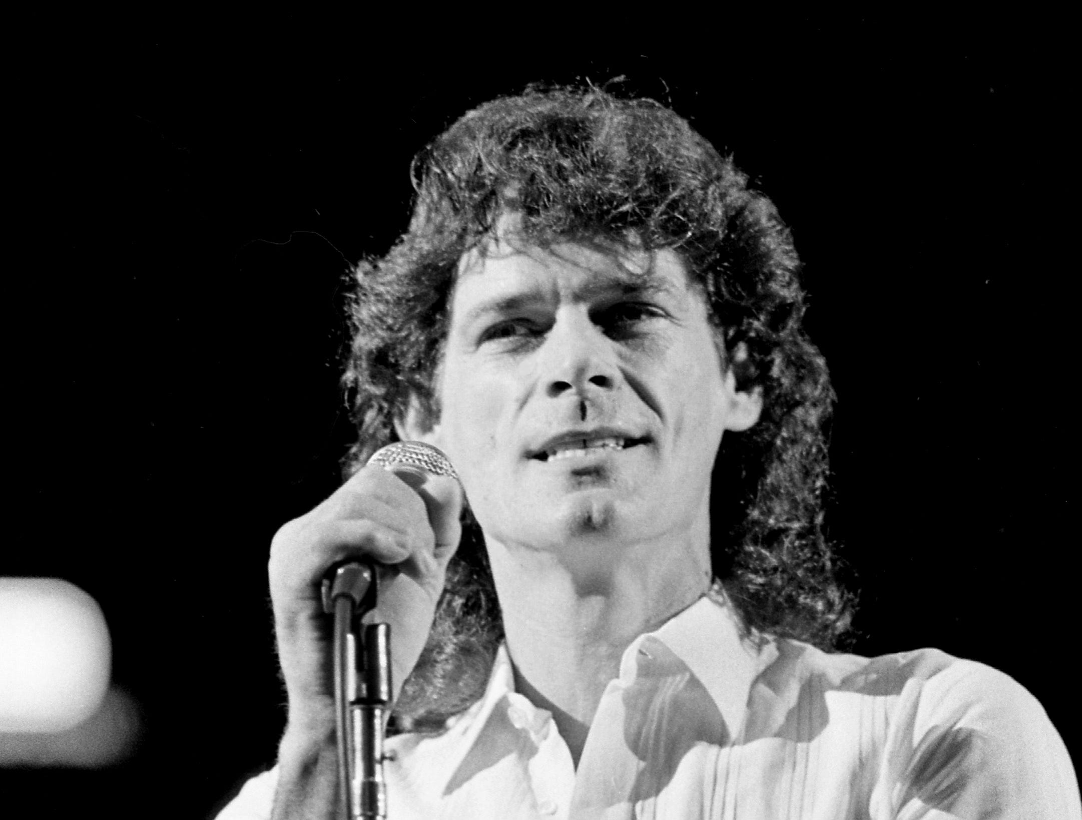 B.J. Thomas performs for a sold-out crowd at the Municipal Auditorium in Nashville on Nov. 5, 1983.