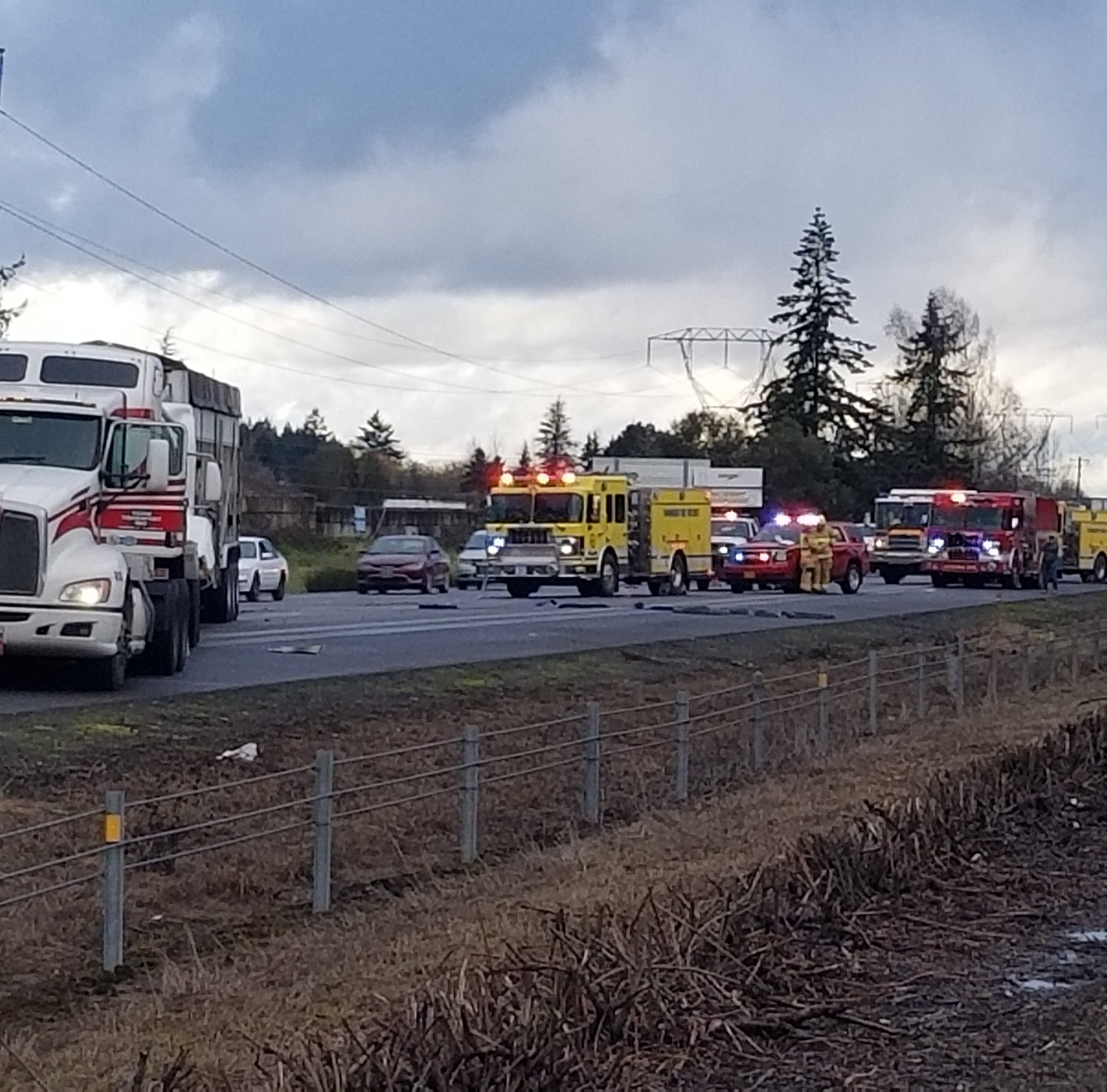 All northbound, two southbound lanes opened after I-5 crash near Woodburn