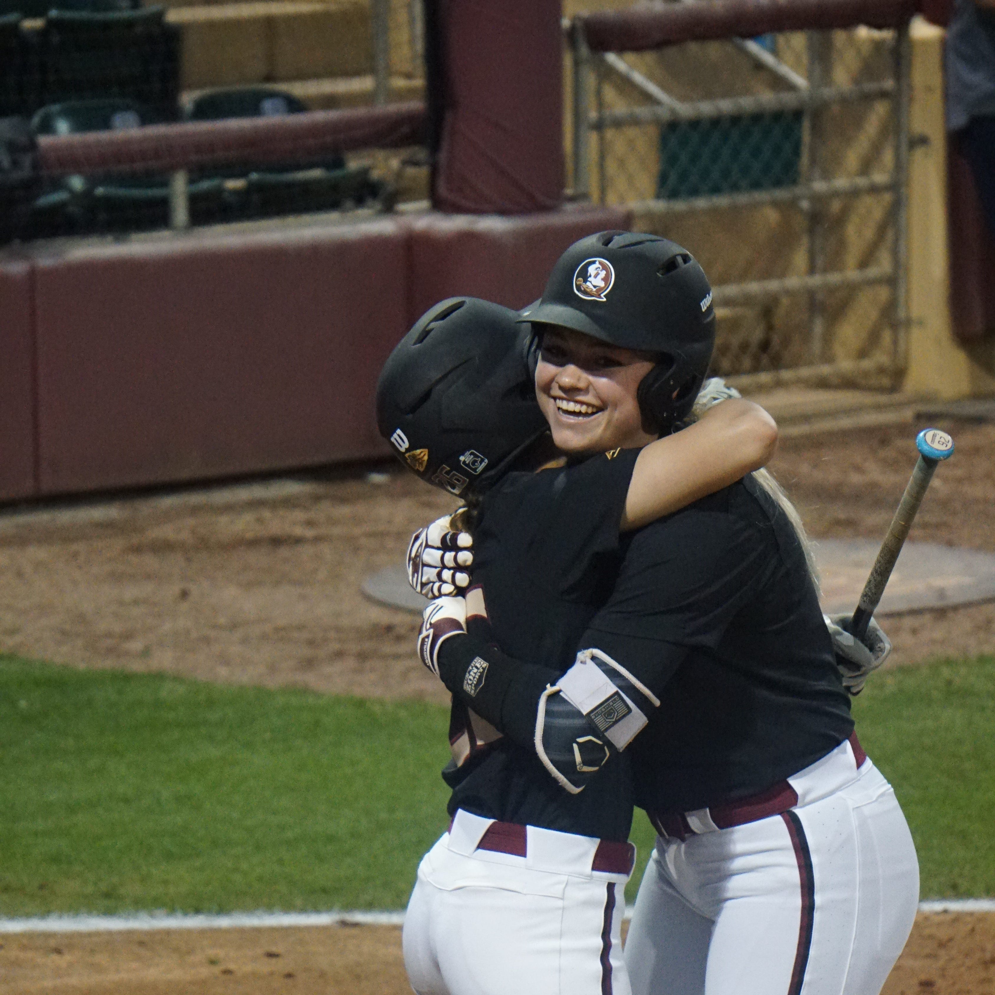No. 1 Seminoles extend winning streak to 18 games