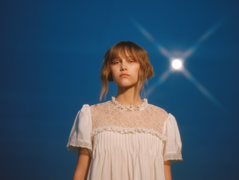 Teen sensation Grace VanderWaal opens up about songwriting struggles in new single 'Stray'