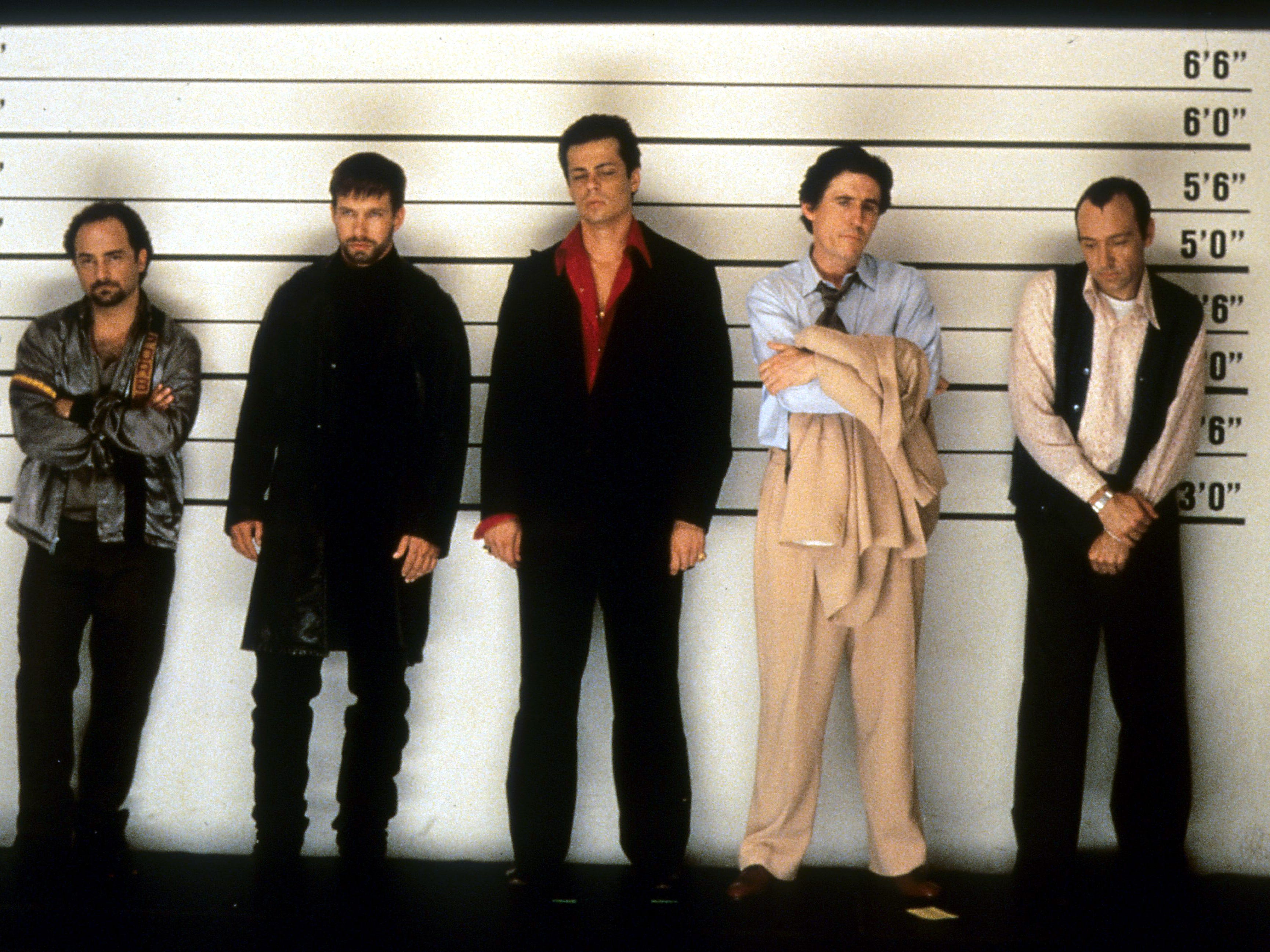 NOTE, one time use for Oscar gallery by  Susan, Feb 20-19.   Kevin Pollak, Stephen Baldwin, Benicio Del Toro, Gabriel Byrne and Kevin Spacey line up in a scene from the film 'The Usual Suspects', 1995. (Photo by Gramercy Pictures/Getty Images) ORG XMIT: 143676302,566944731 [Via MerlinFTP Drop]