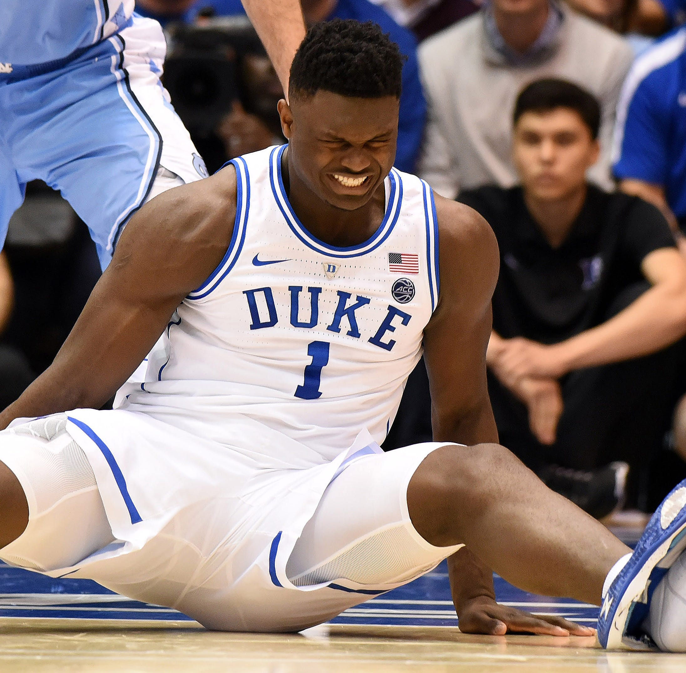 Several MTSU basketball players wear Nike shoe that blew out on Duke's Zion Williamson