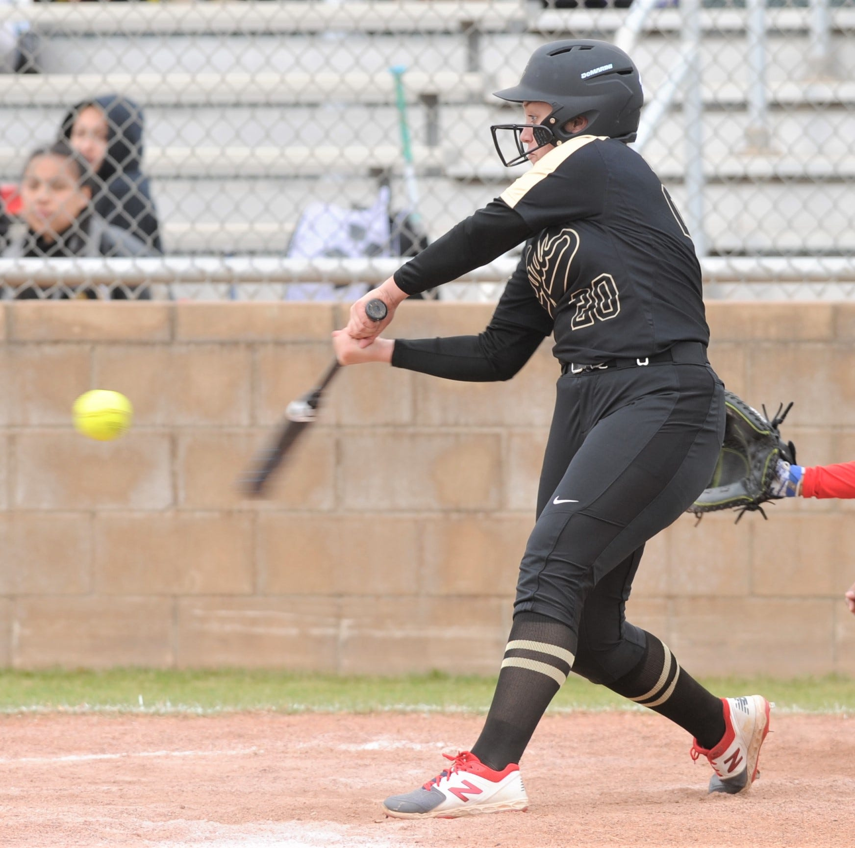Lee hits three homers, drives in eight runs in Clyde win over Abilene Cooper softball team
