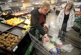 Kitsap Community Resources class includes supermarket trips and kitchen instruction.