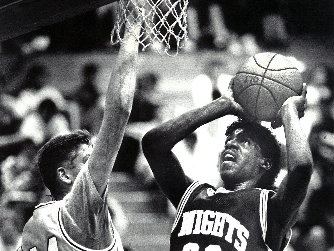 02/02/90Bremerton Basketball