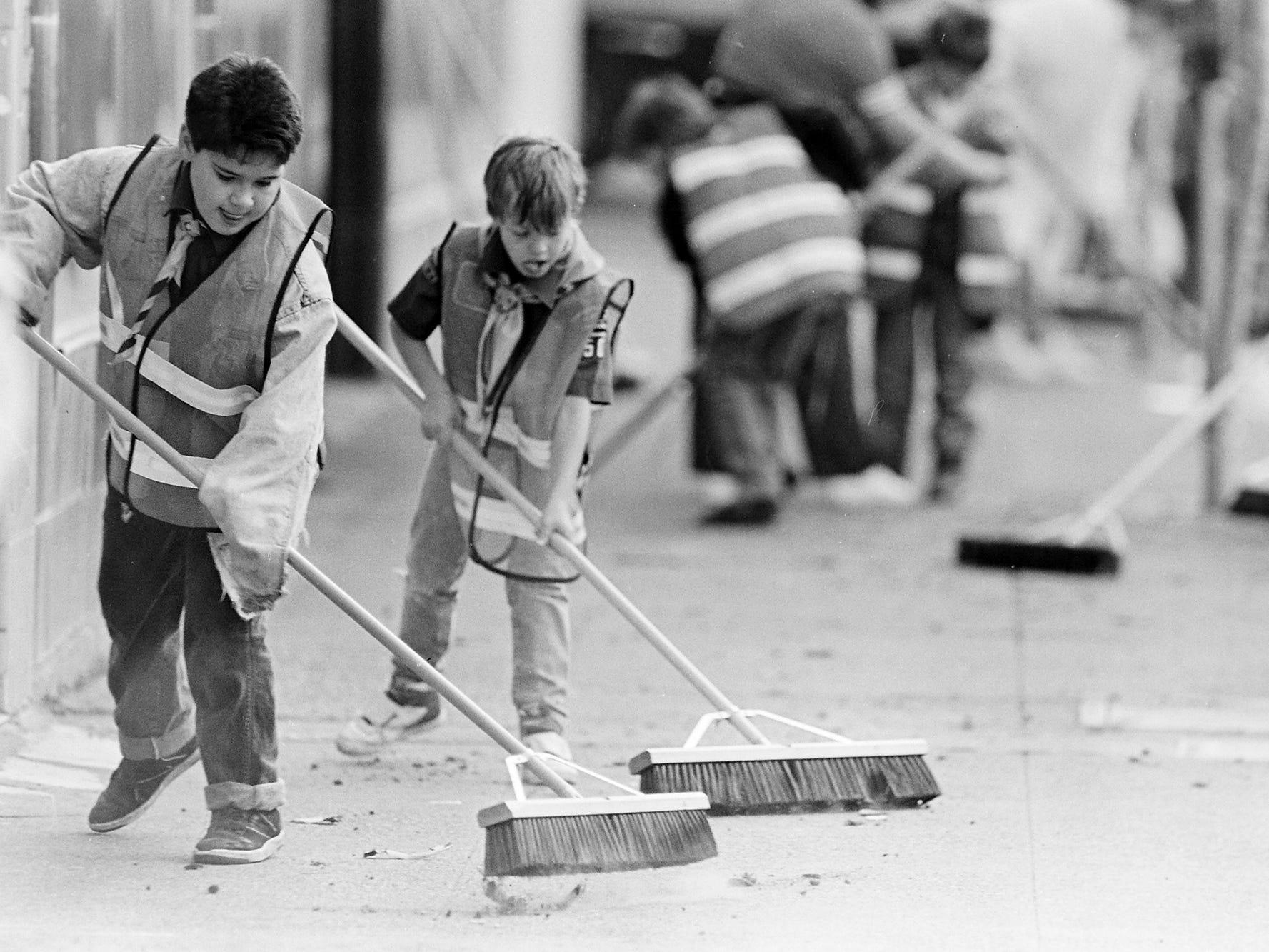 03/06/90Bremerton Clean-Up