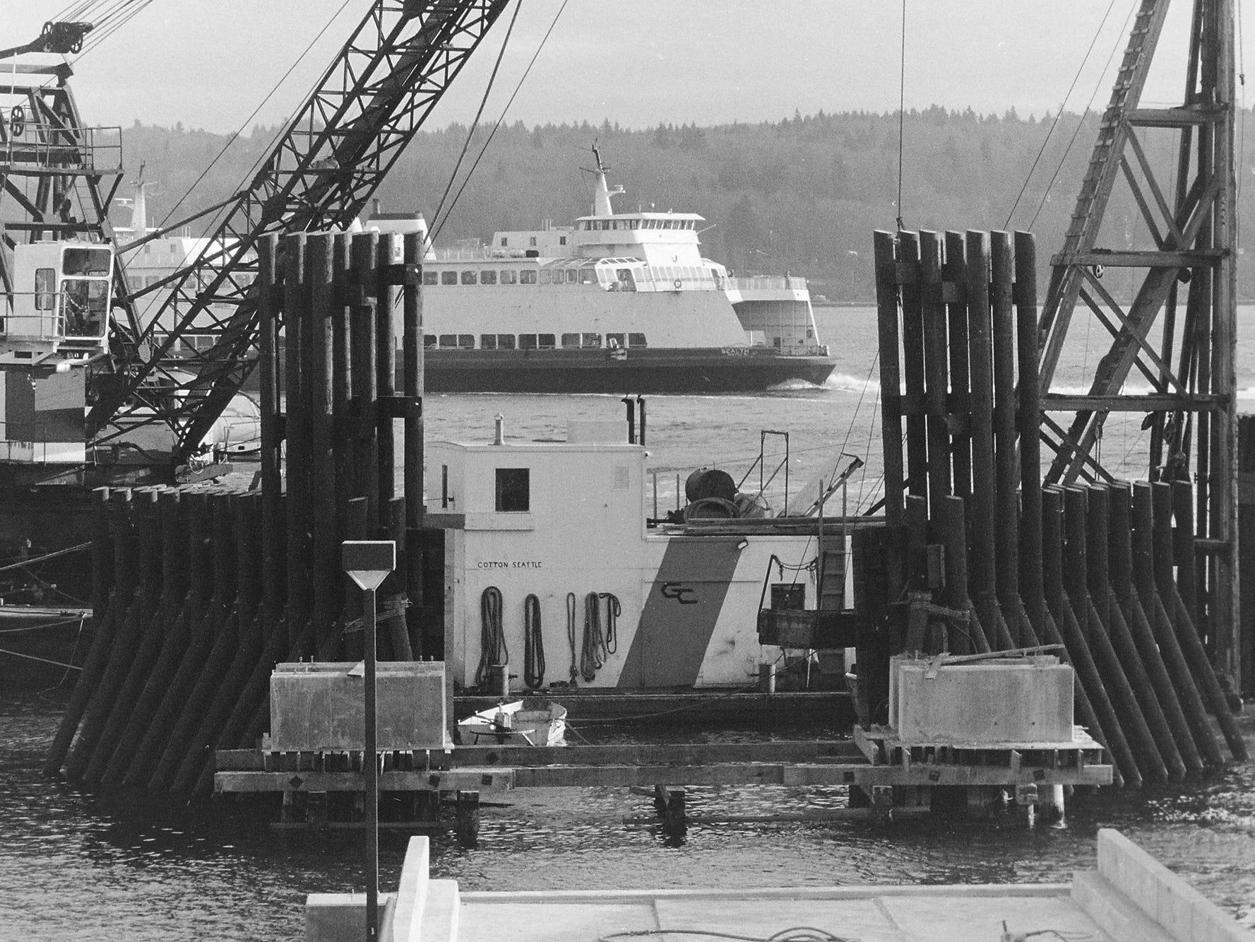 03/09/90Bremerton Dock Work