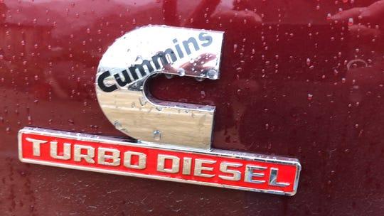 2019 Ram Heavy Duty Cummins 6.7-liter I-6 badge.