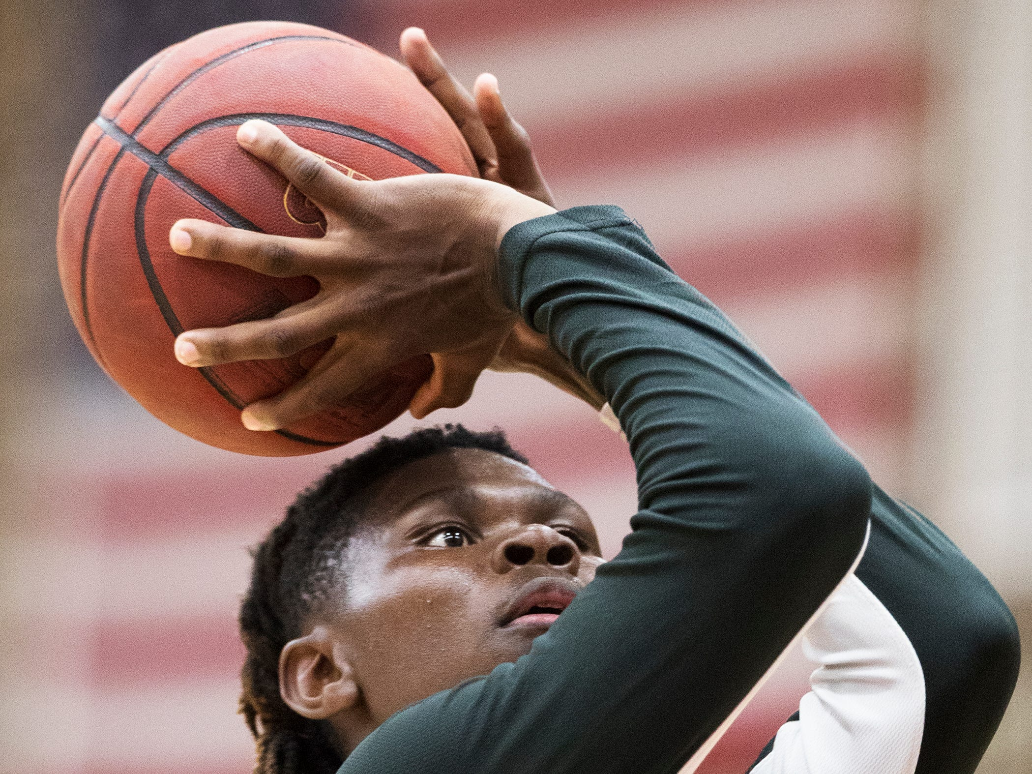 Riverdale High School's Keyshawn Rowe practices before taking on Palmetto on Thursday in the Class 8A regional quarterfinal at Riverdale in Fort Myers. Riverdale beat Palmetto 61-54.