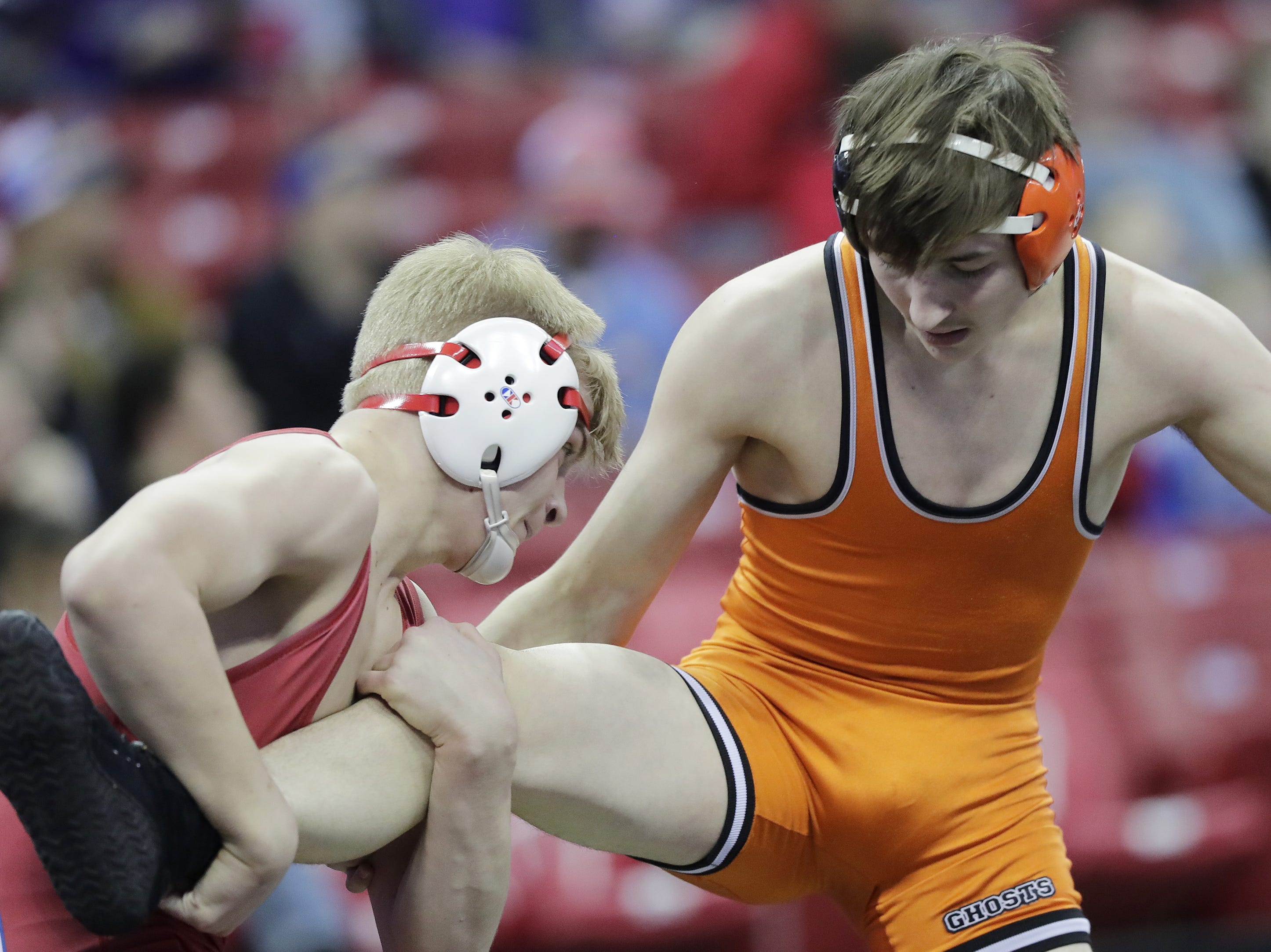Kaukauna's John Diener wrestles in a Division 1 138-pound preliminary match at the WIAA state individual wrestling tournament at the Kohl Center on Thursday, February 21, 2019 in Madison, Wis. Adam Wesley/USA TODAY NETWORK-Wisconsin