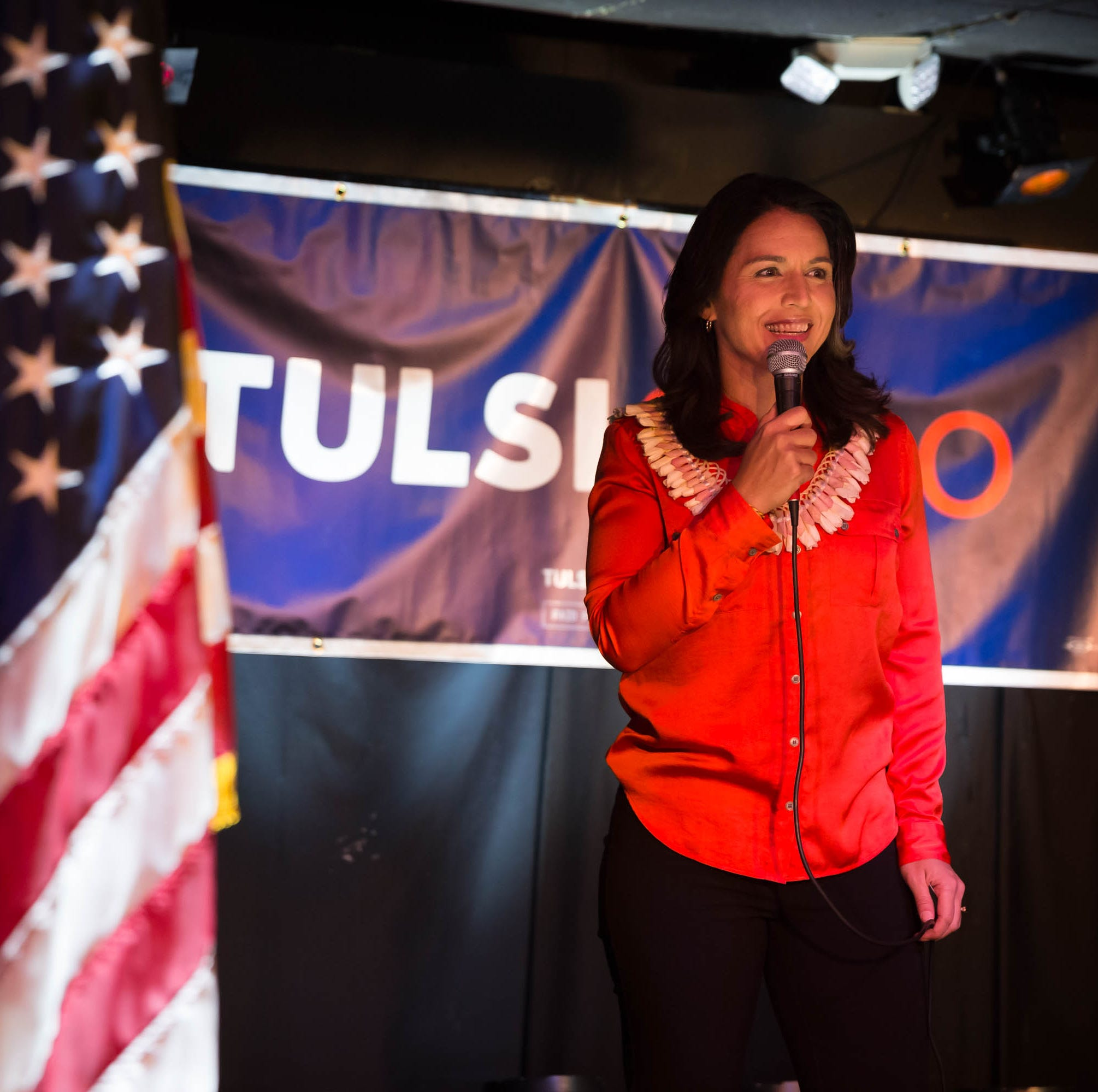 Tulsi Gabbard stumps on war and peace in Iowa City
