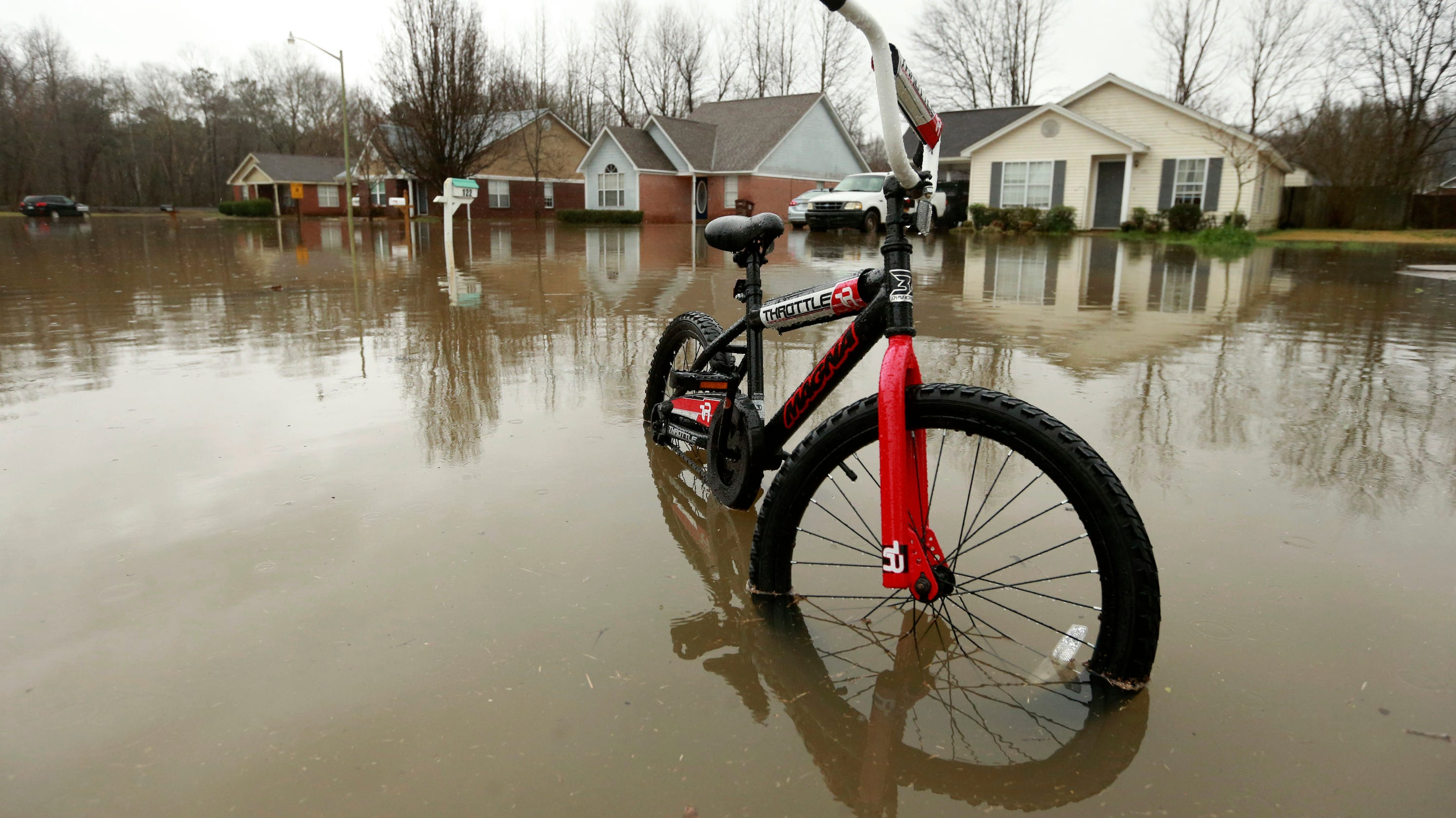Flooding in north Mississippi: Live coverage