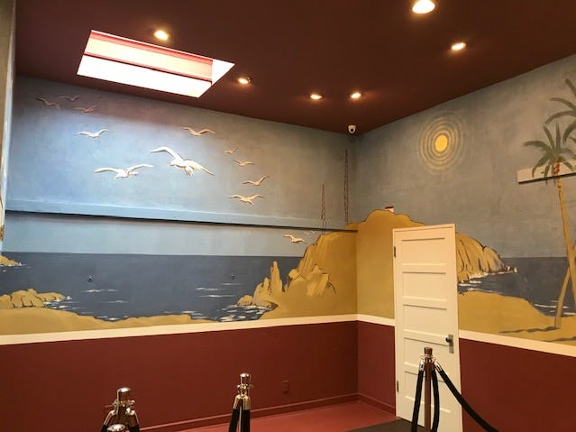 Walls transitioning to tropical part of Bentley mural