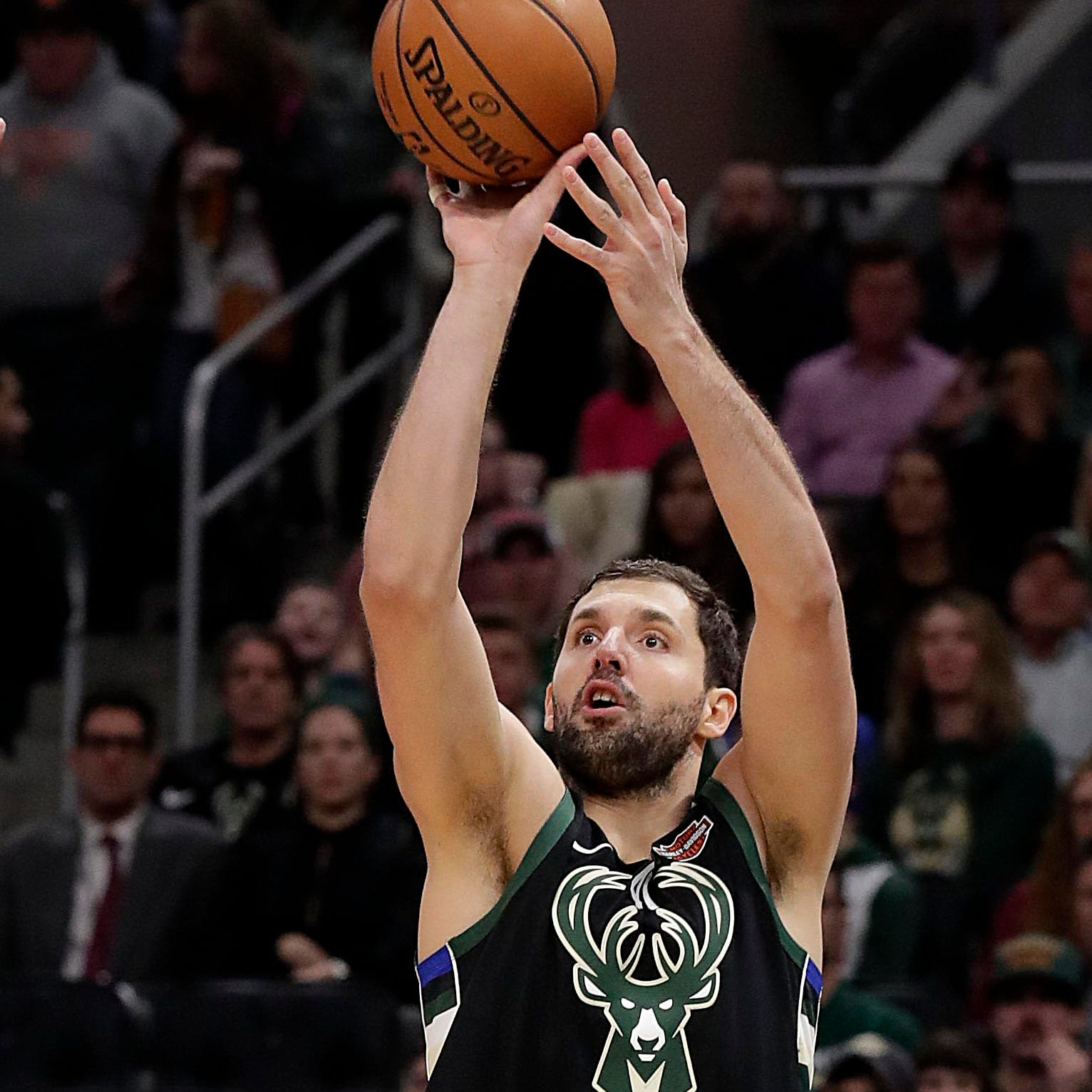 Nikola Mirotic keeps things simple while fitting in during his debut with the Bucks