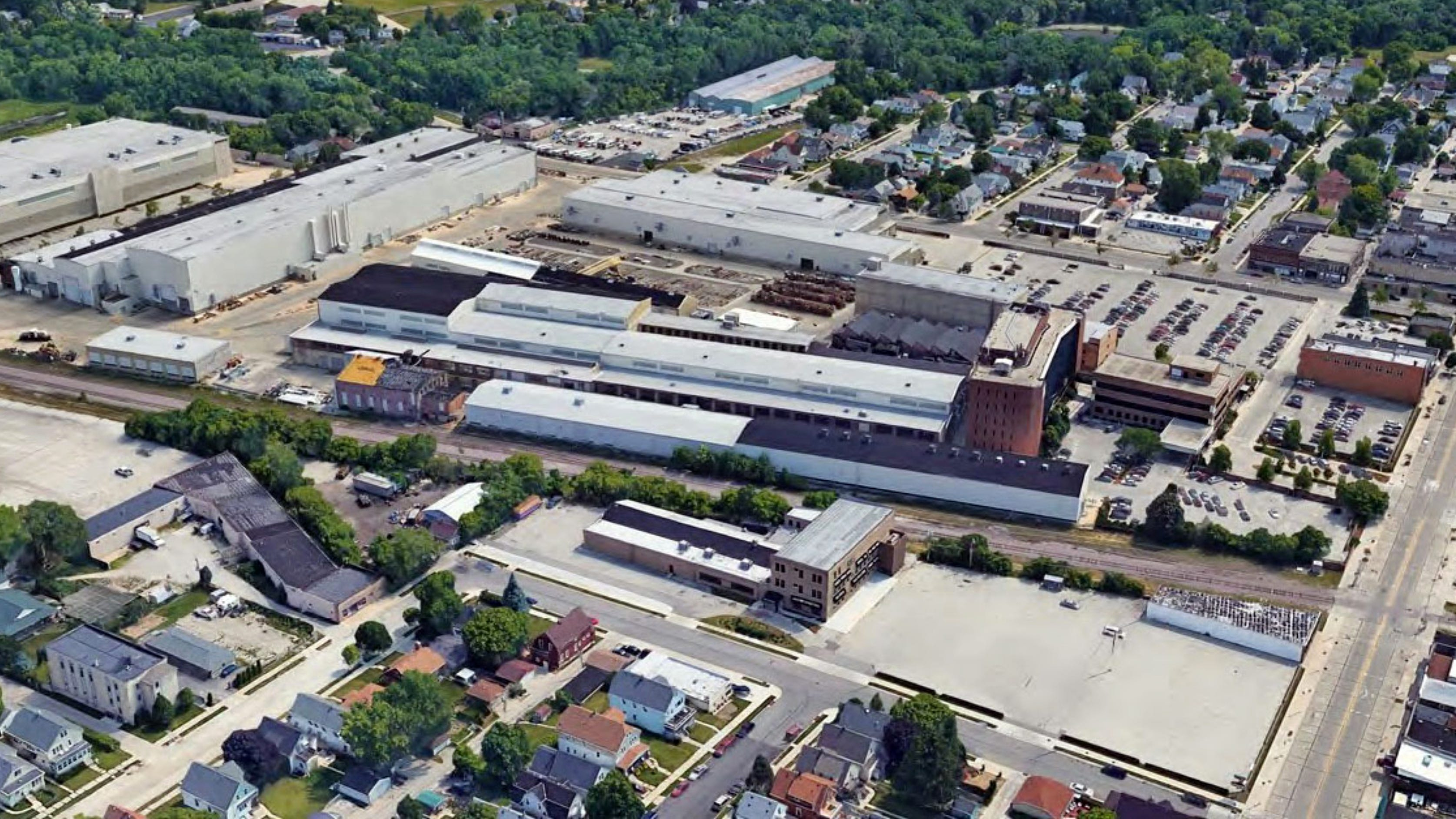 South Milwaukee's former long-time Bucyrus/Caterpillar buildings begin redevelopment for new uses
