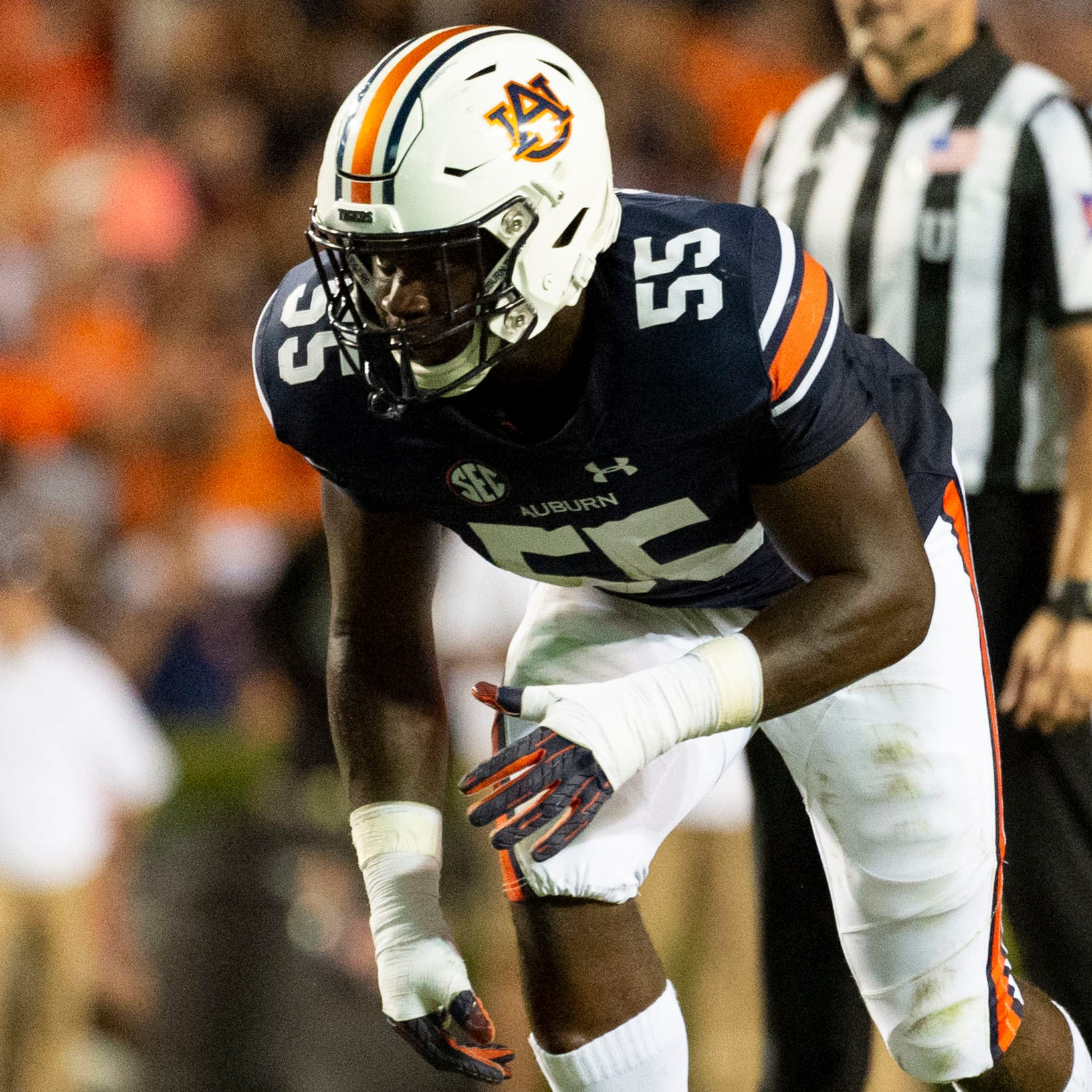 MAILBAG: Should Auburn move T.D. Moultry from defensive line back to linebacker?