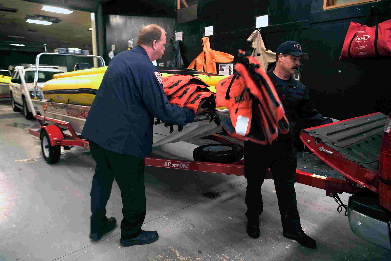 Nashville water rescue crews ready as rain falls