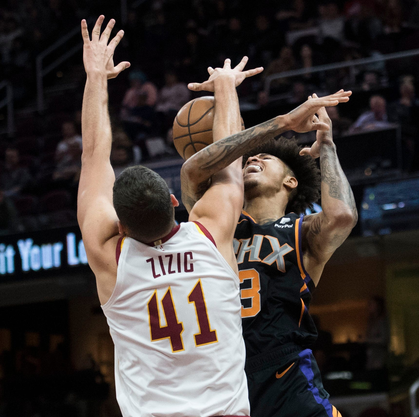 Suns' losing streak hits 16 in Cleveland as team struggles with identity