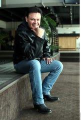 Por ahora el reguetón ha ocupado un gran espacio no sólo en la difusión radial, sino en los medios de comunicación en general, indicó el cantante Pedro Fernández.