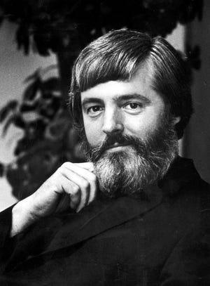 Rev . Robert O'Neill (1979 photo)