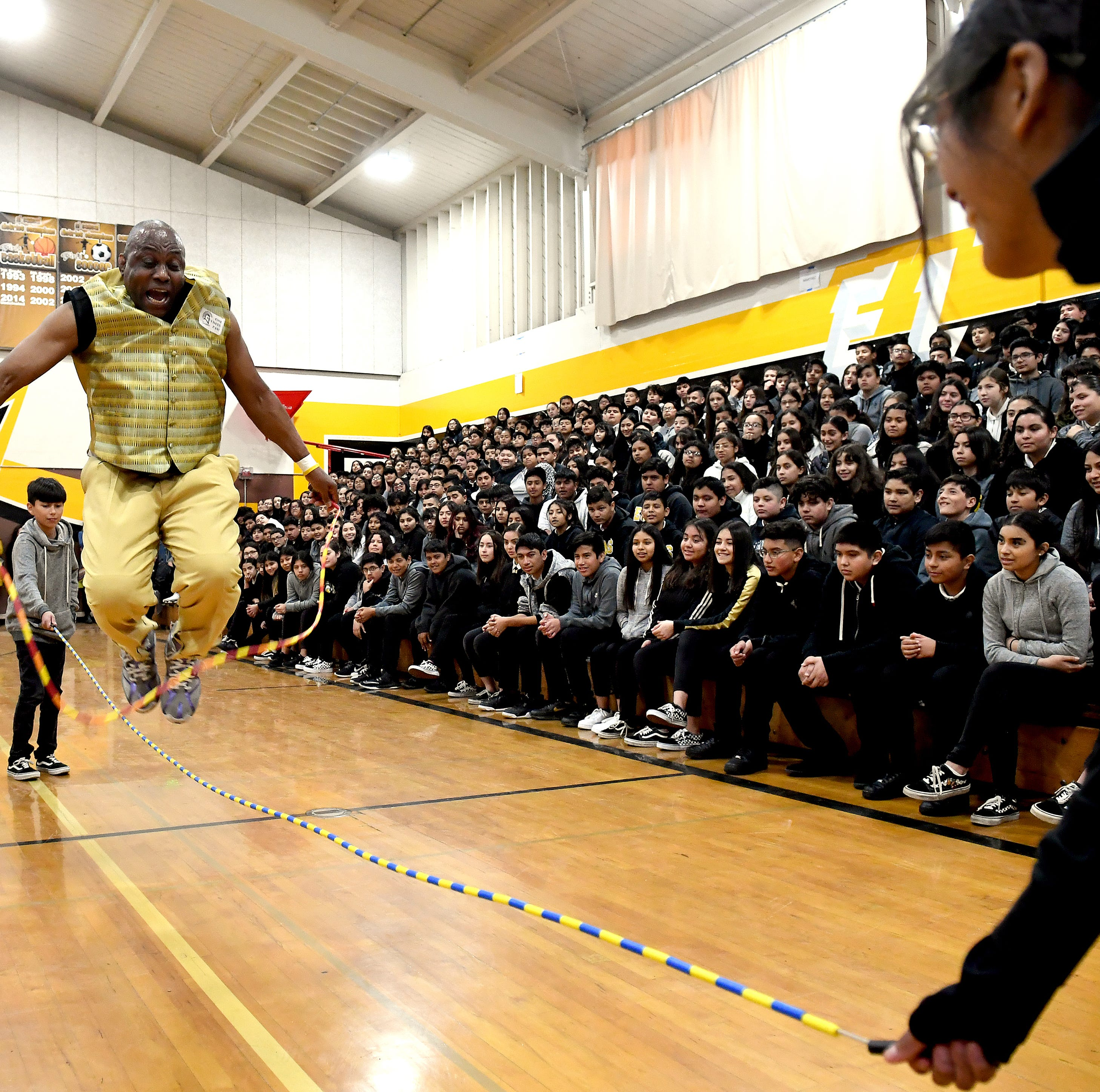 James Thompson jumps rope over a jumprope at El...