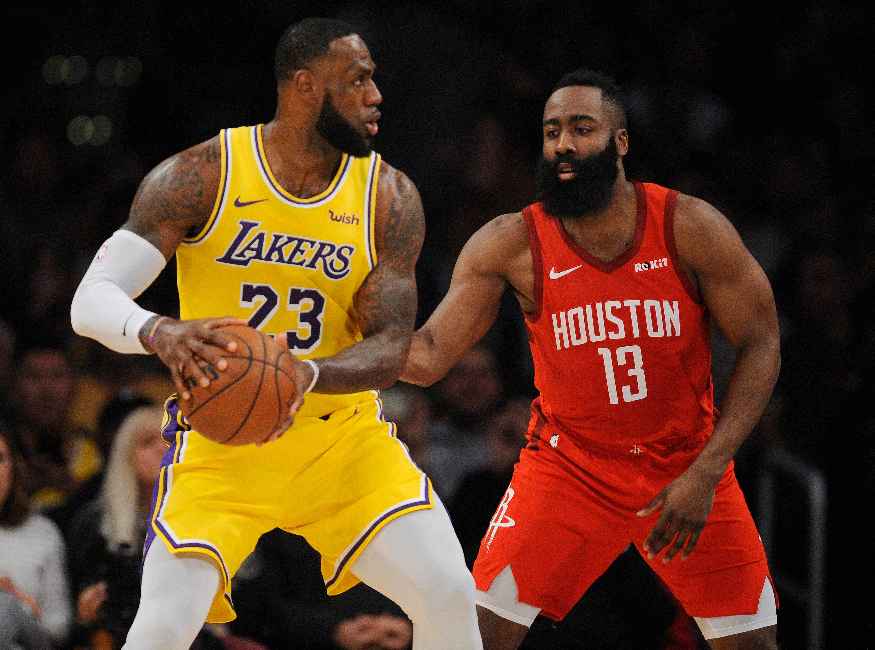 LeBron James scored 29 points in the Lakers' win against Houston.