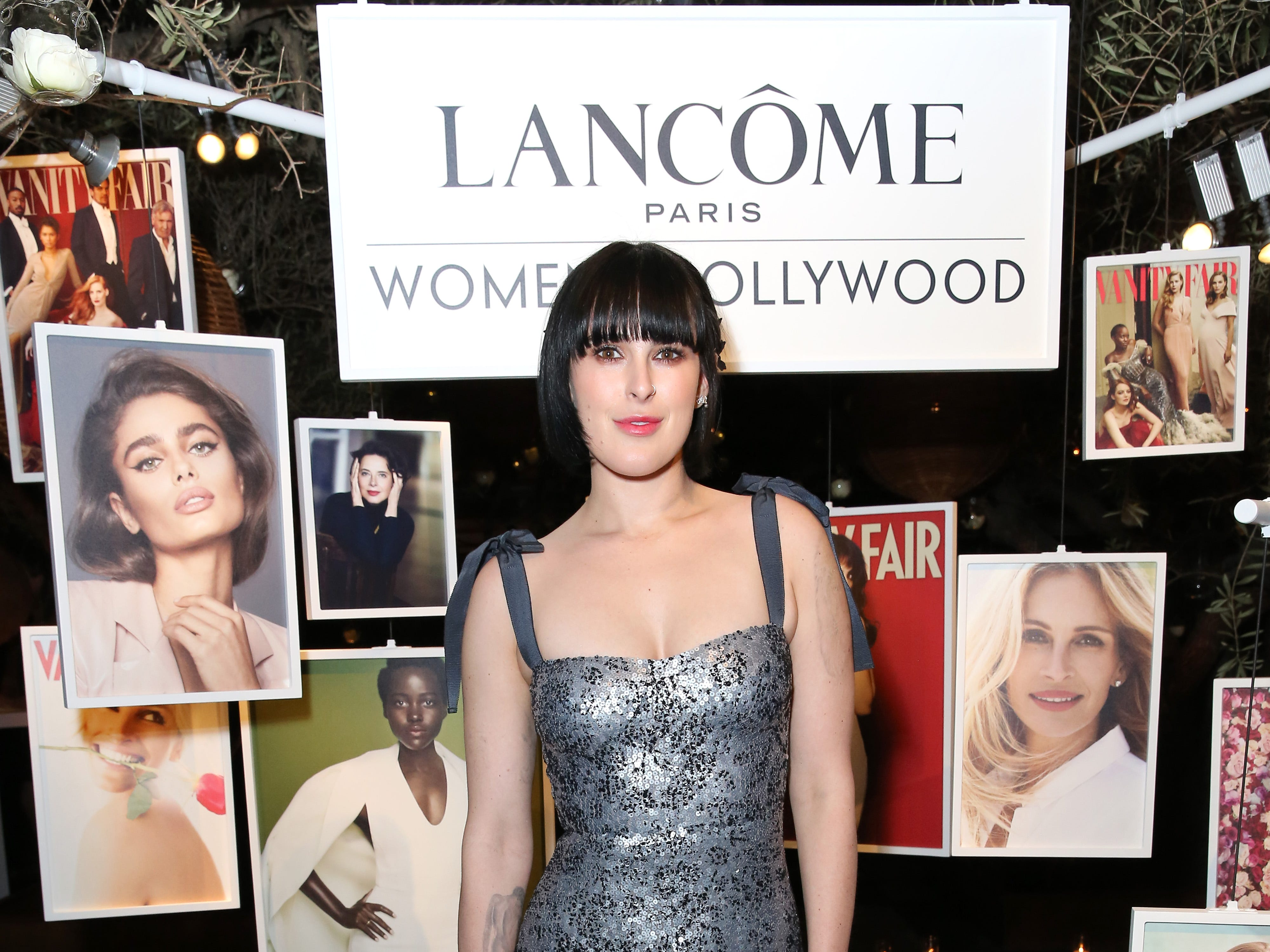 "Rumer Willis stepped into the Vanity Fair ""Women In Hollywood"" party on Thursday."