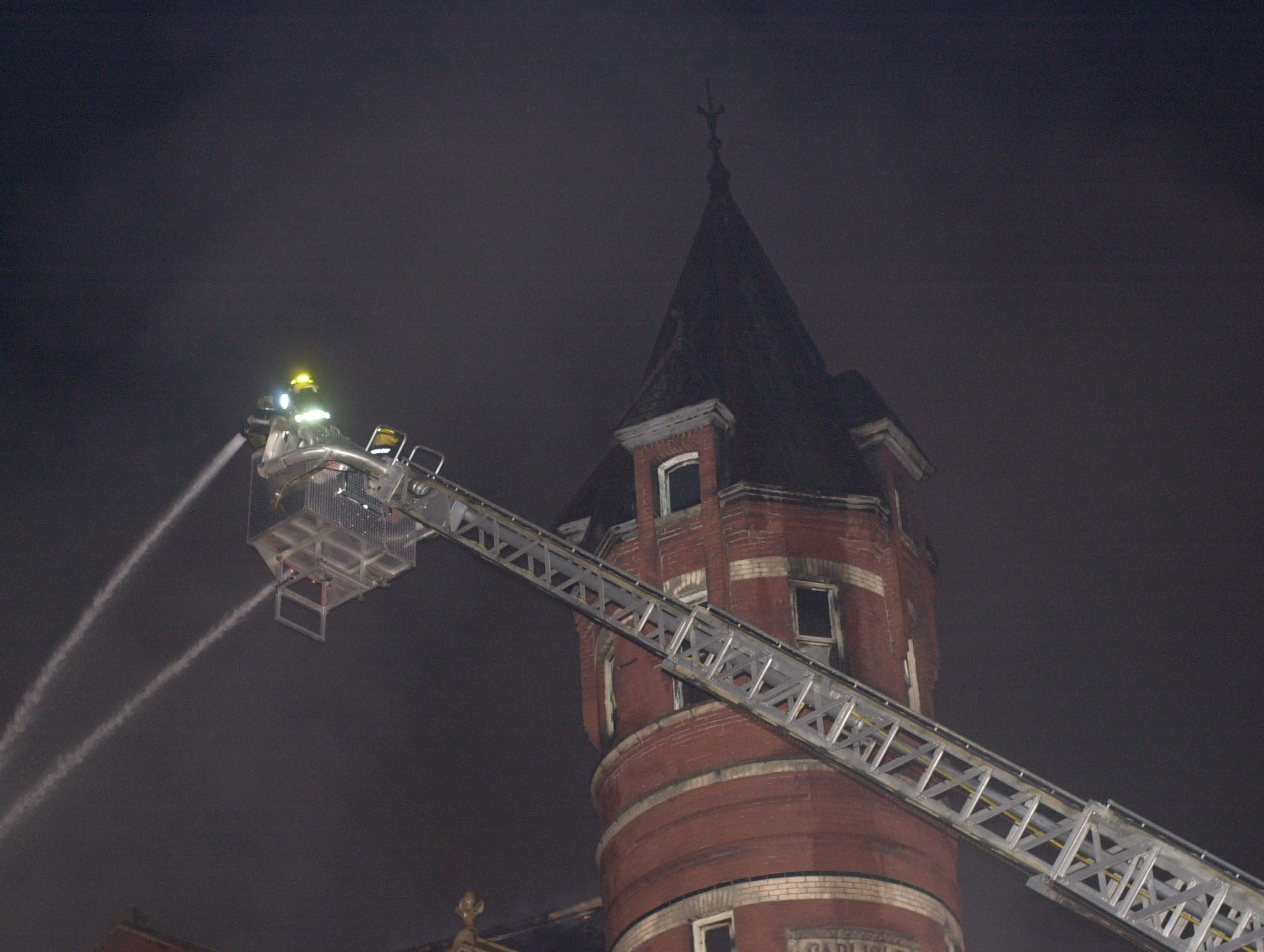 Chillicothe Fire Department and other departments battle the Carlisle building blaze on April 25, 2003.