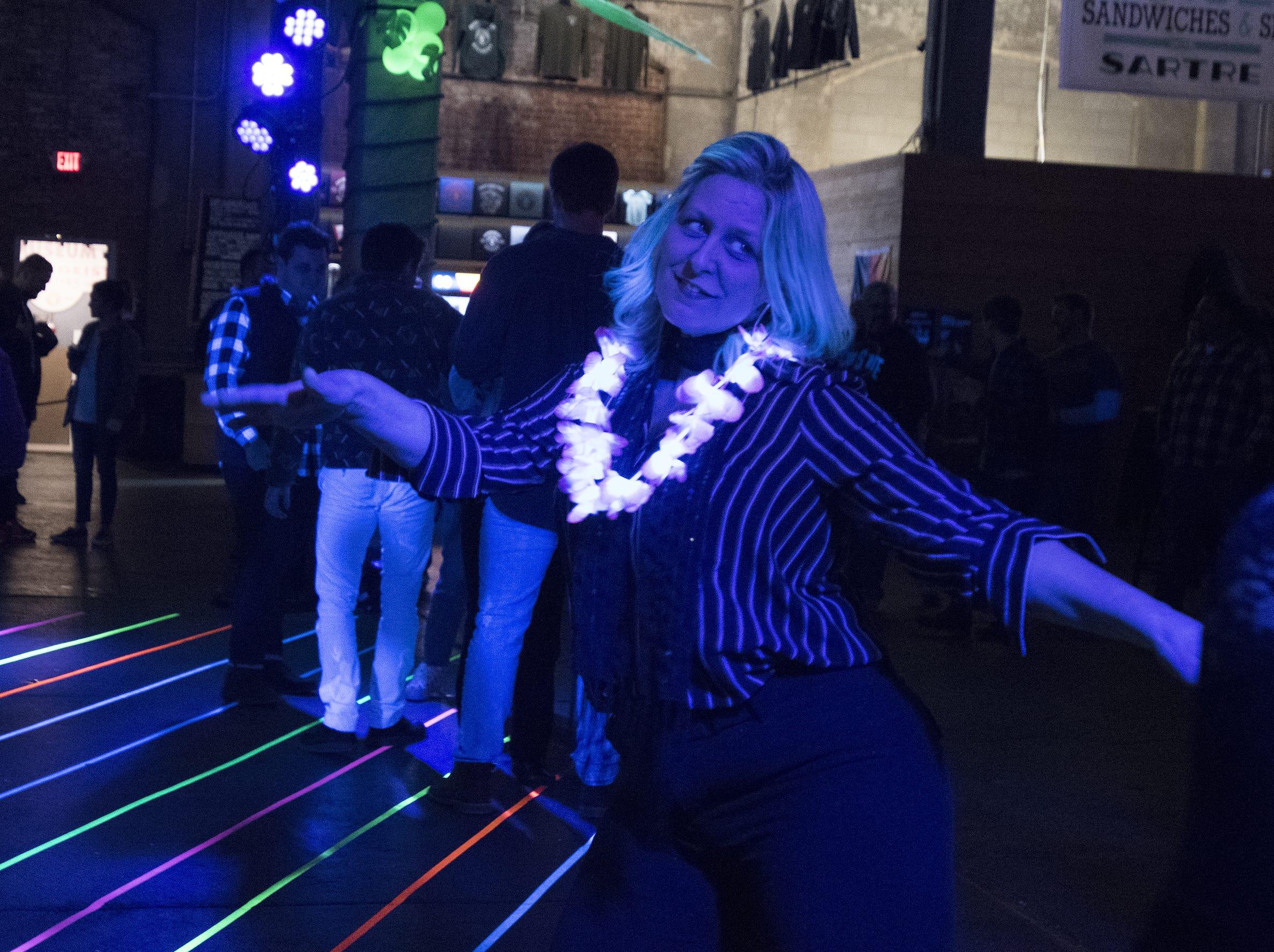 Malinda Uetrecht grooves on the dance floor.