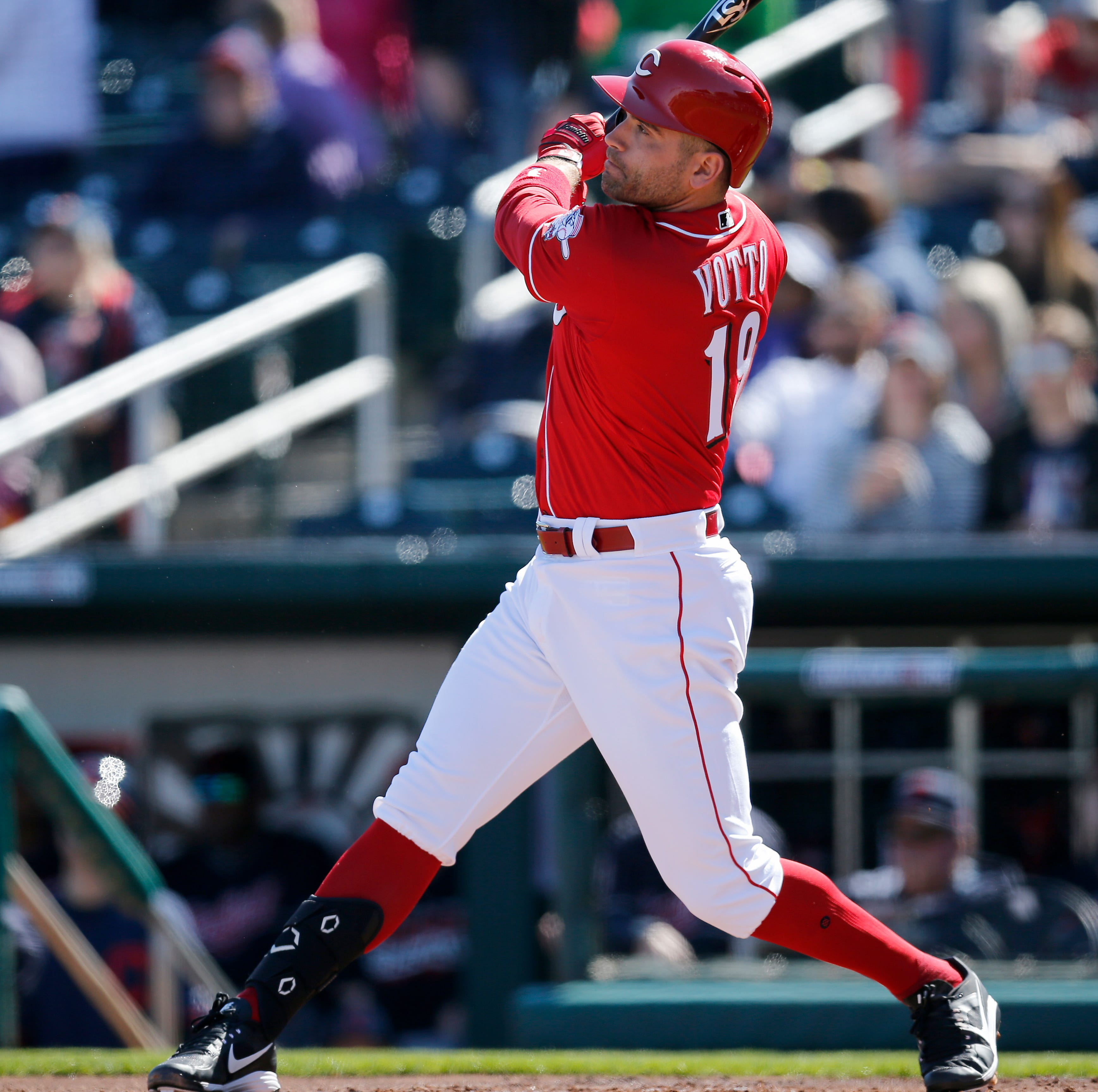 Joey Votto chasing his old swing as he looks to bounce back from his 2018 season