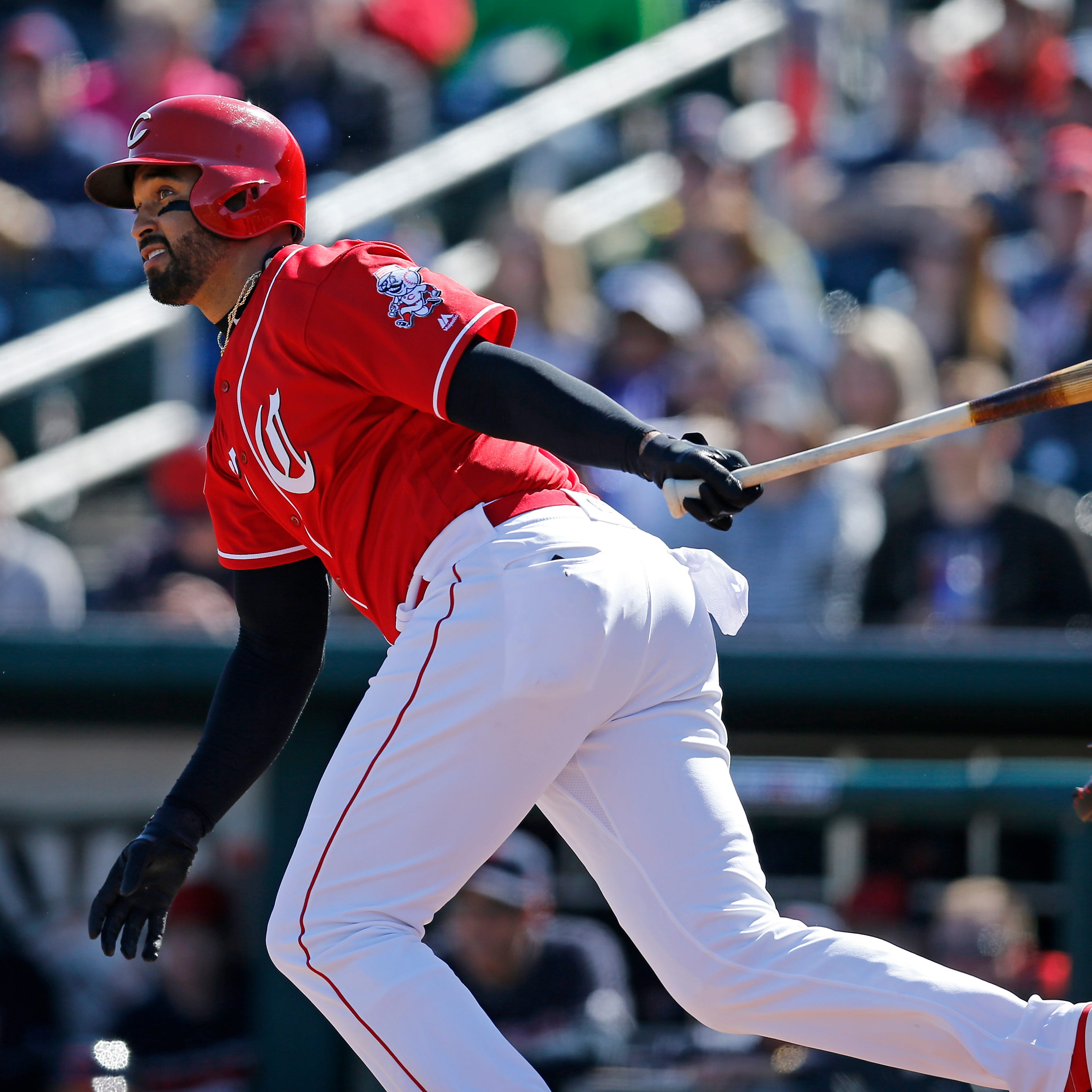 Matt Kemp hits a two-run homer in the Cincinnati Reds' spring training opener