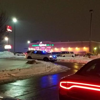 Woman shot dead outside Applebee's in Altoona, police say; person of interest found dead in Des Moines