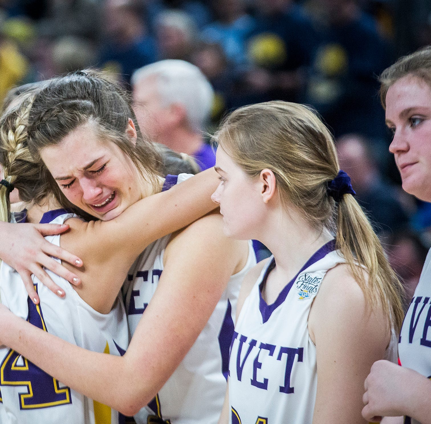 Marquette Catholic knocks out Vincennes Rivet in Class 1A state championship