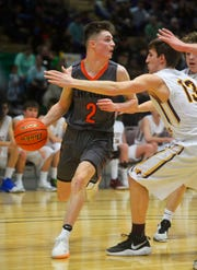 Chinook faced off with Arlee in the State C semifinals on Friday evening in Billings.
