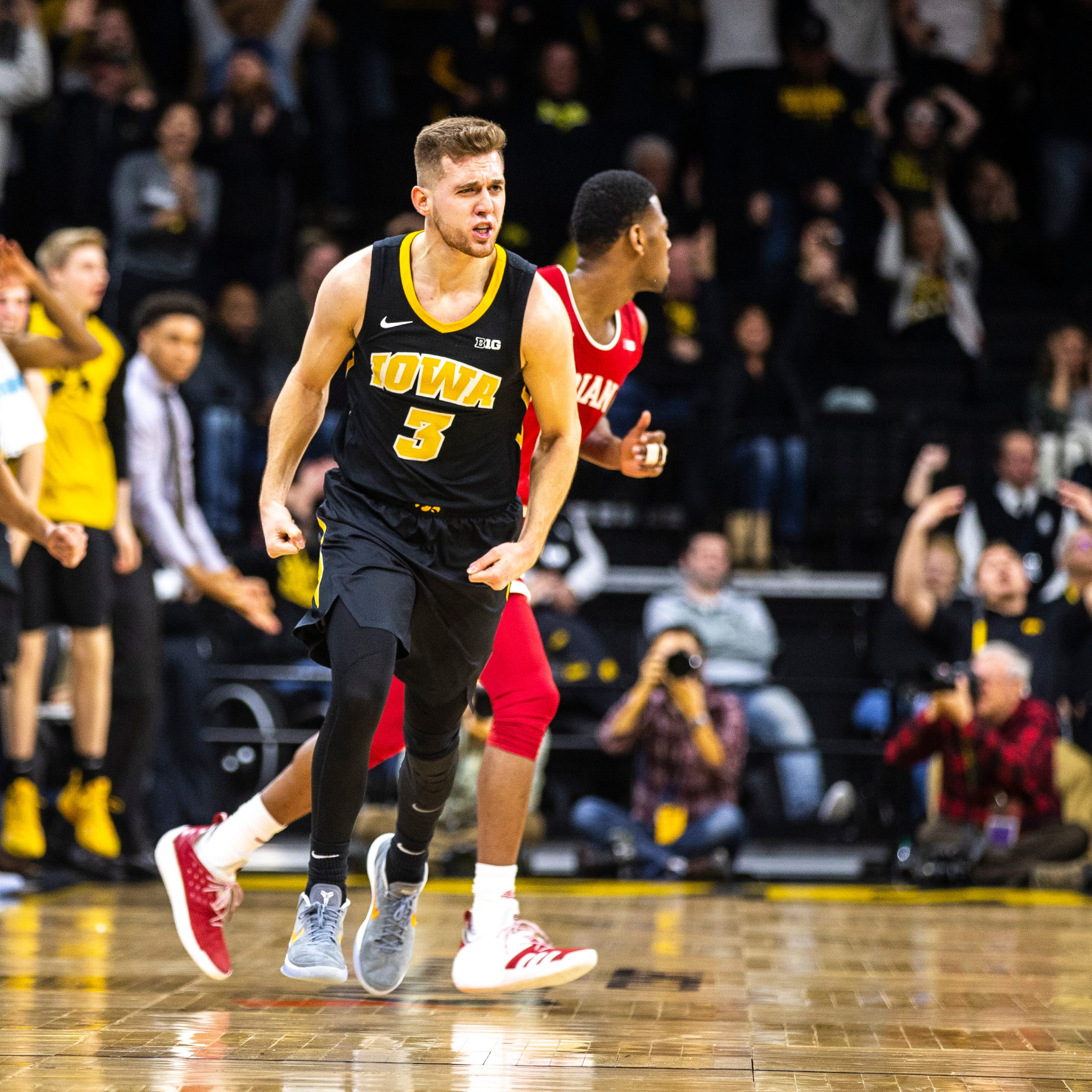 Jordan Bohannon rescues Iowa again in comeback win over Indiana