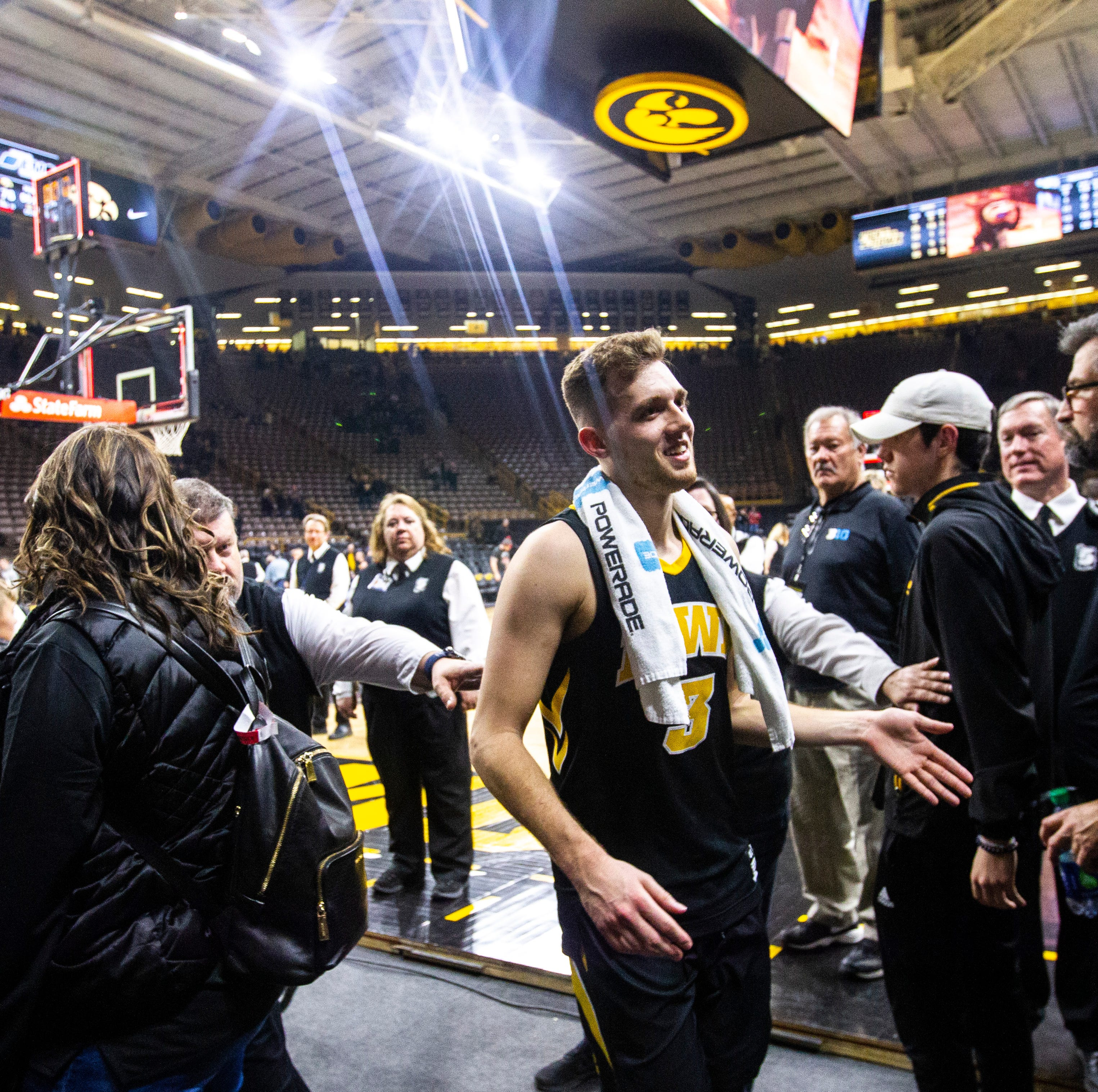 Iowa guard Jordan Bohannon uses Steph Curry as example (and not in way you think)