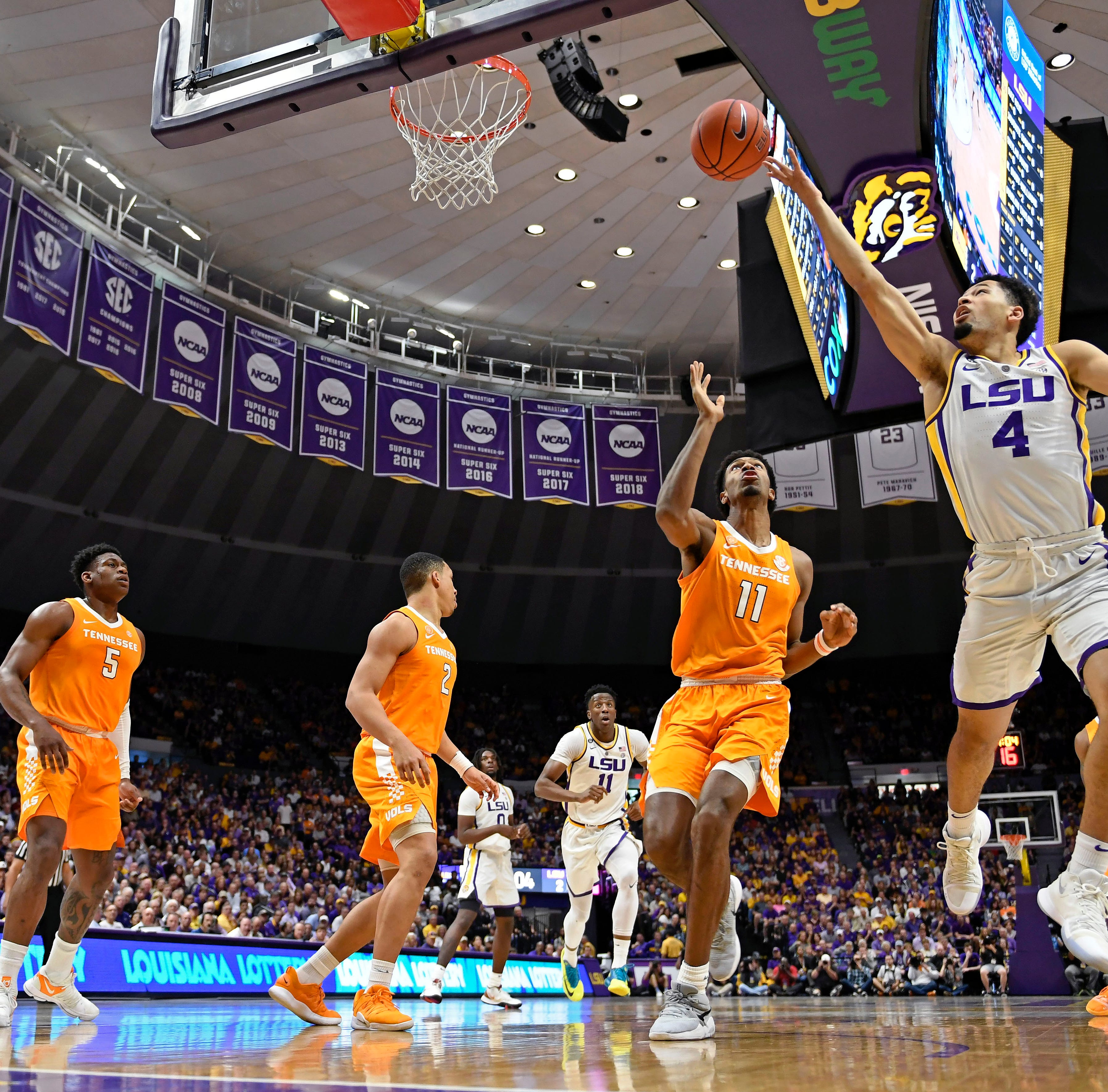 LSU vs. Tennessee Vols basketball: Social media reacts to the Tigers' overtime win