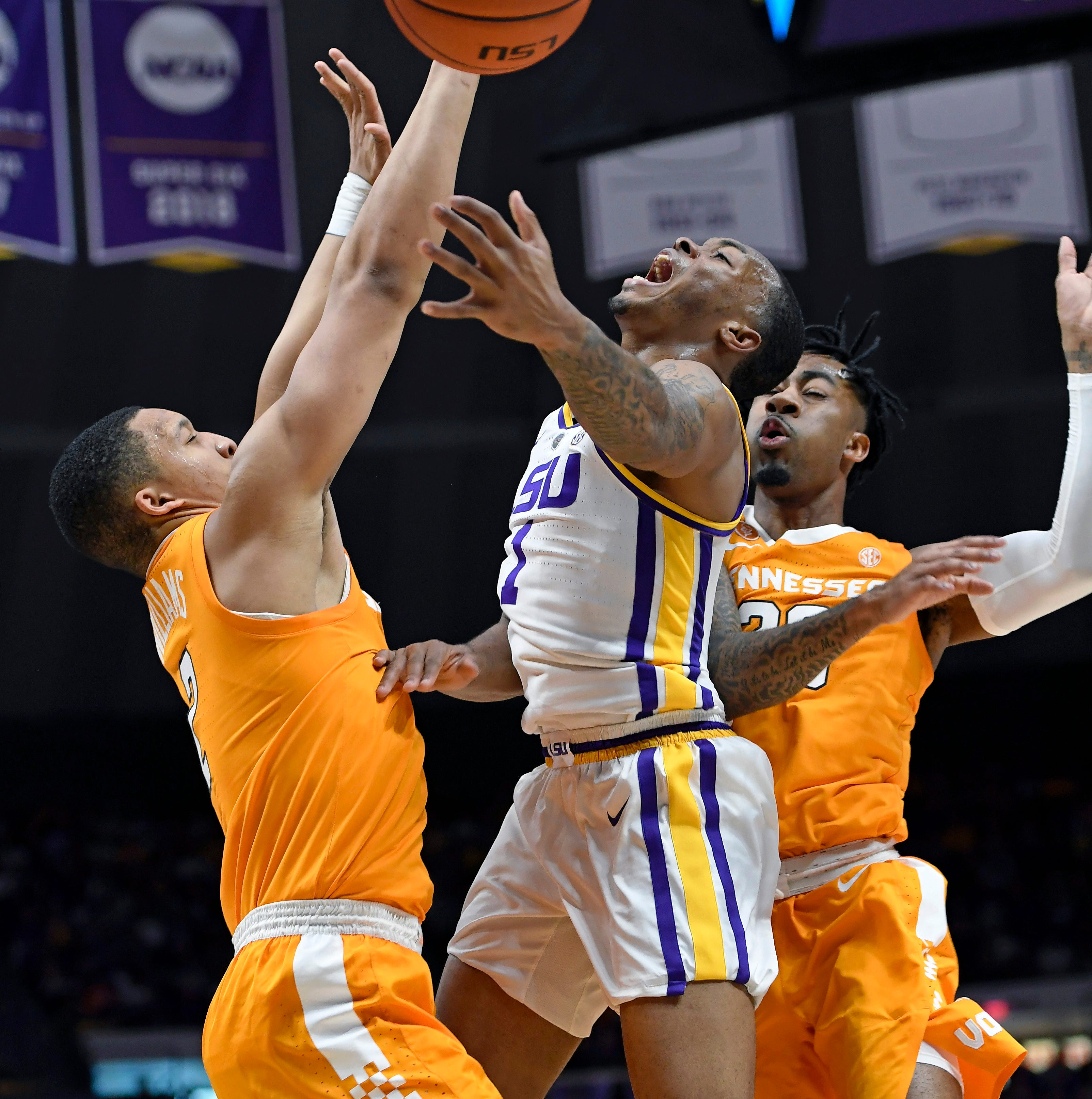 Tennessee Vols basketball: Did officials make right call in overtime loss to LSU?