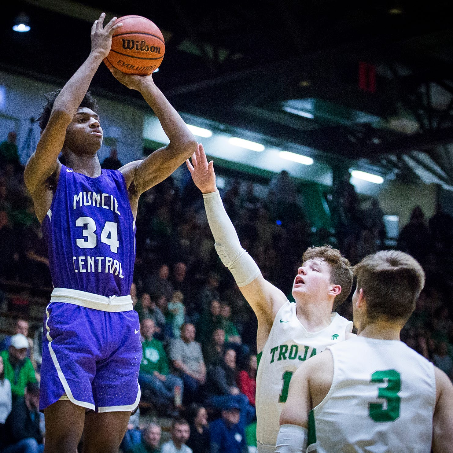 Muncie Central basketball star earns national recognition from MaxPreps