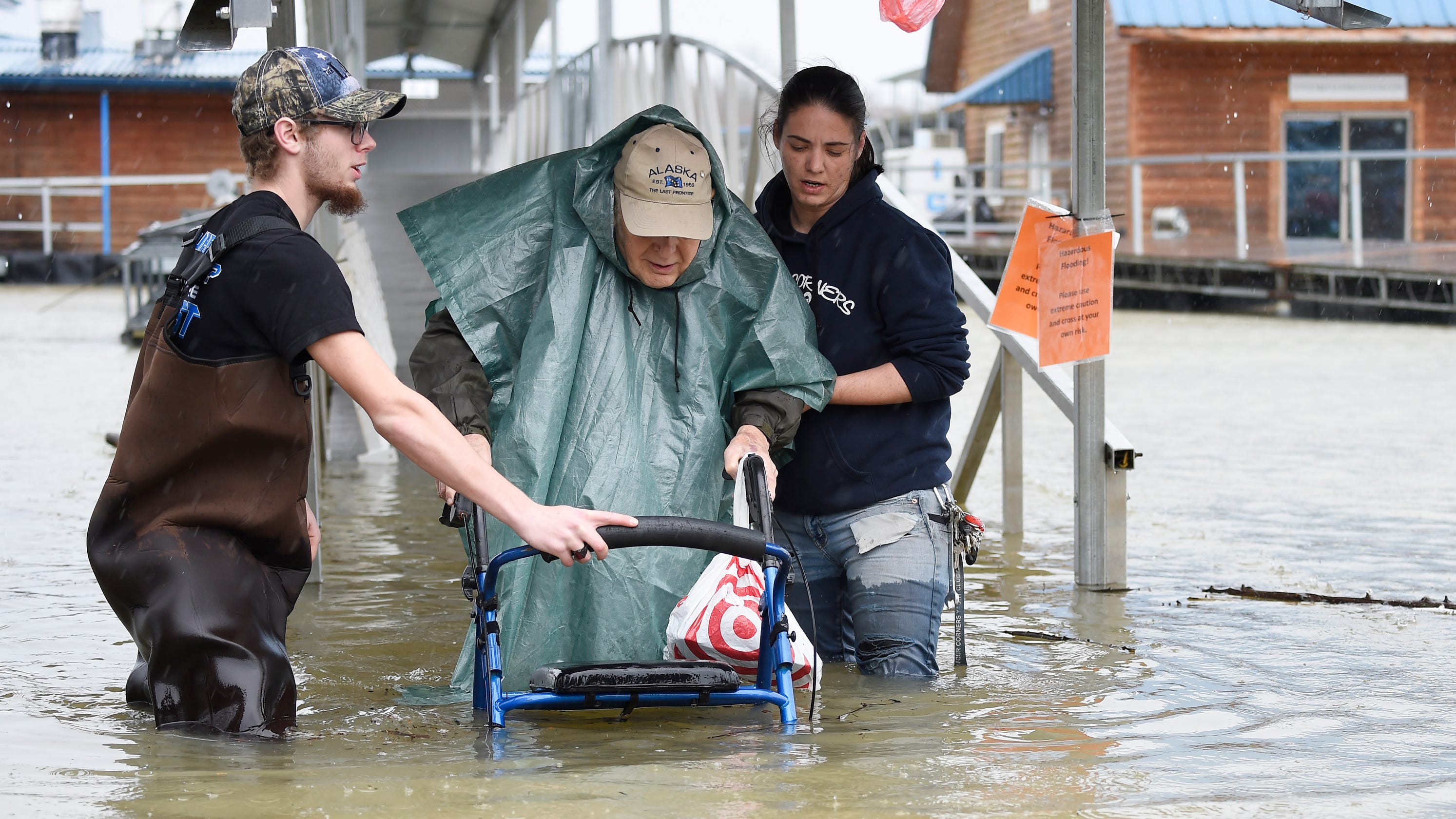 Tennessee in state of emergency as flood, storm threat continues in