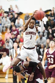 Avant'e Gilbert (1) and Kennedy are among the contenders in the North 1, Group 4 sectional boys basketball tournament.