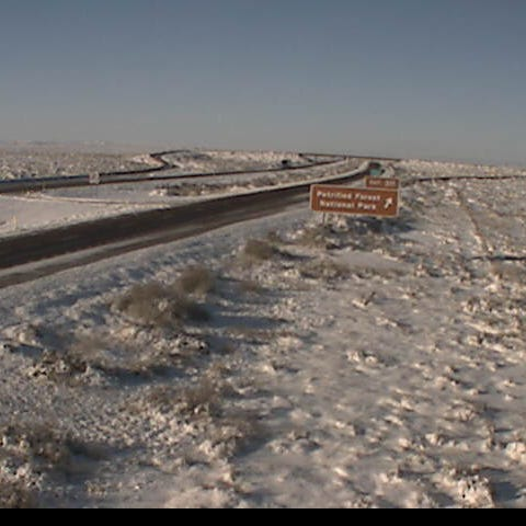 Interstate 40 now open in both directions between Holbrook, New Mexico border