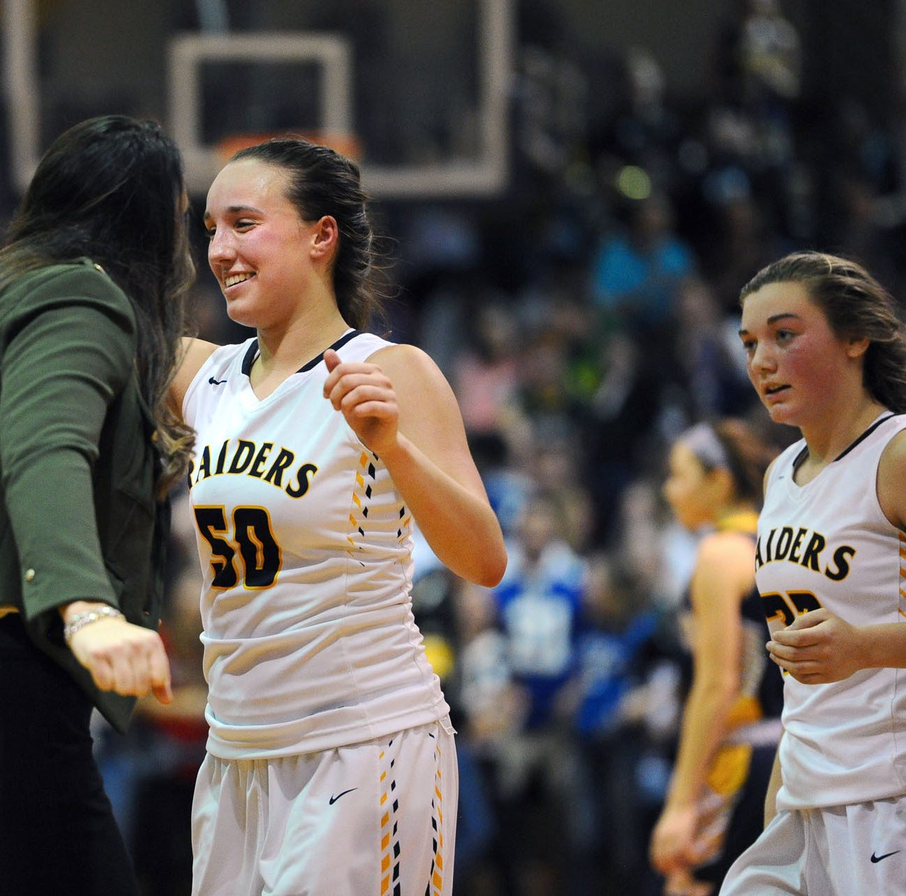 Shuey comes up big again as Elco edges Eastern York, earns state berth