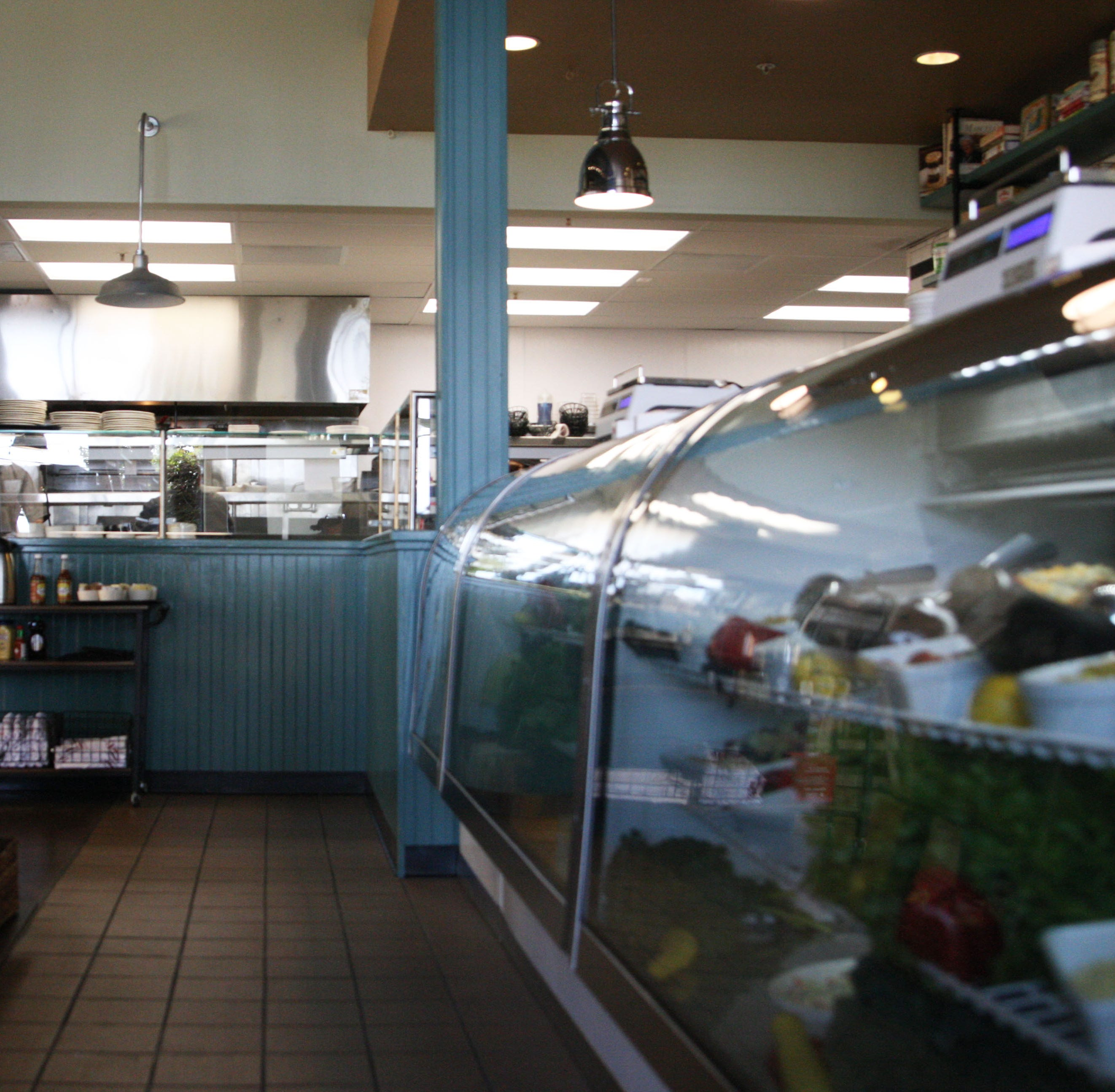 Salinas' Wild Thyme closes, employees looking for answers