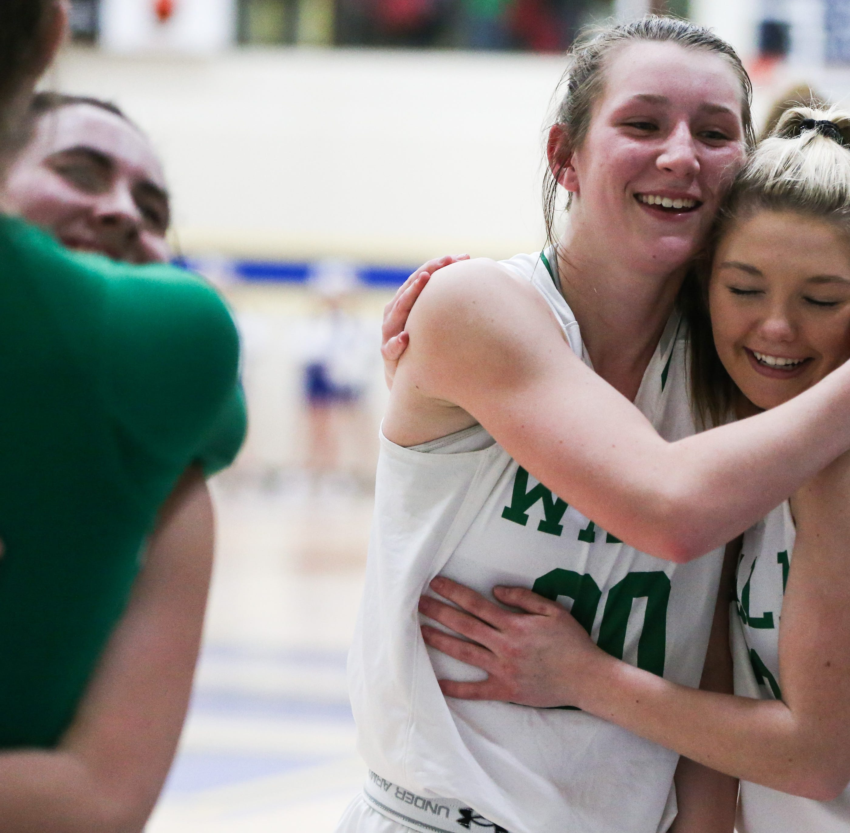 Half-ending momentum swing gets Wall girls on track in region semifinal win over Brock